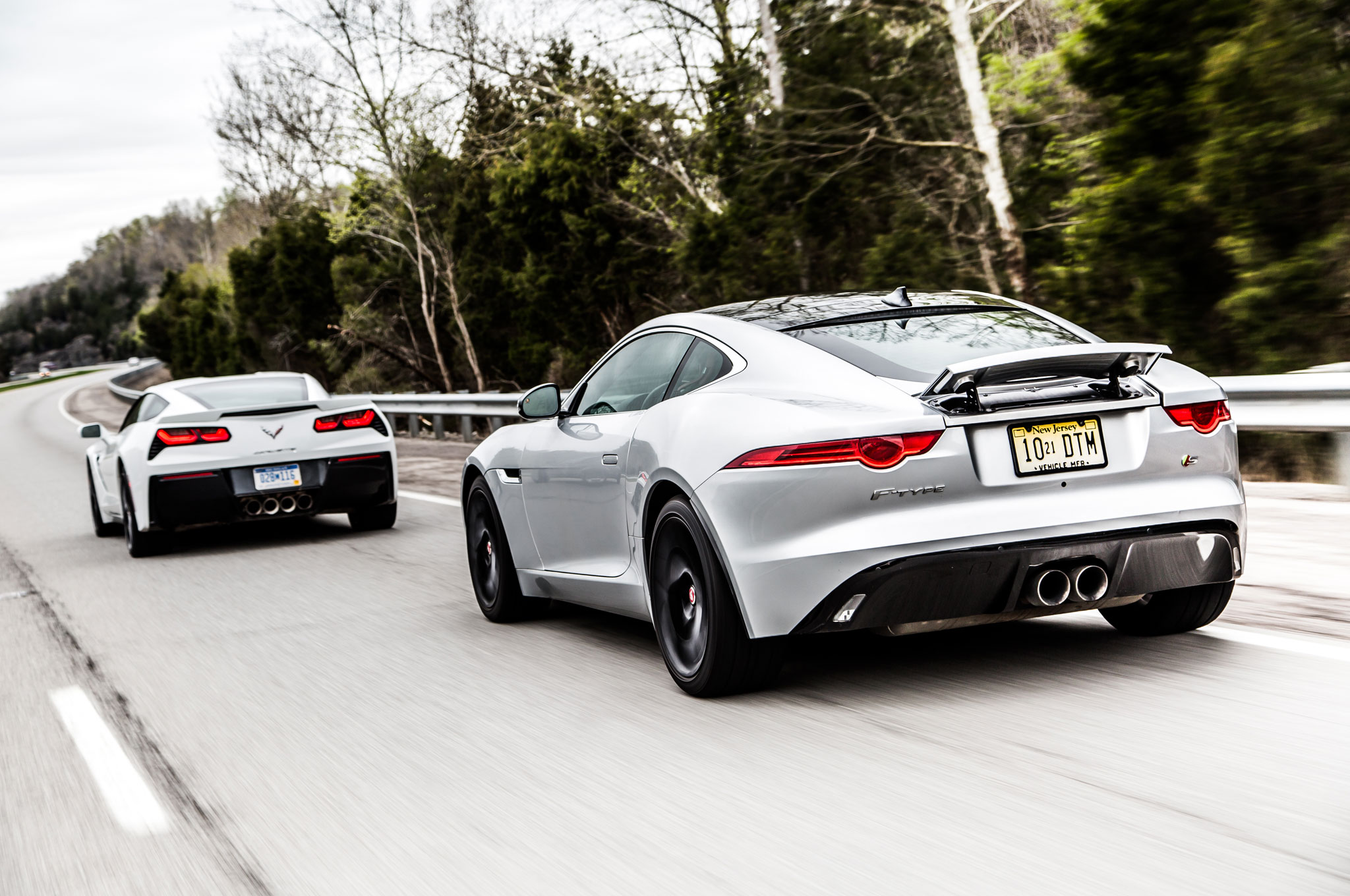 Jaguar FType And Chevrolet Corvette Head To Kentucky - 2015 jaguar f type s