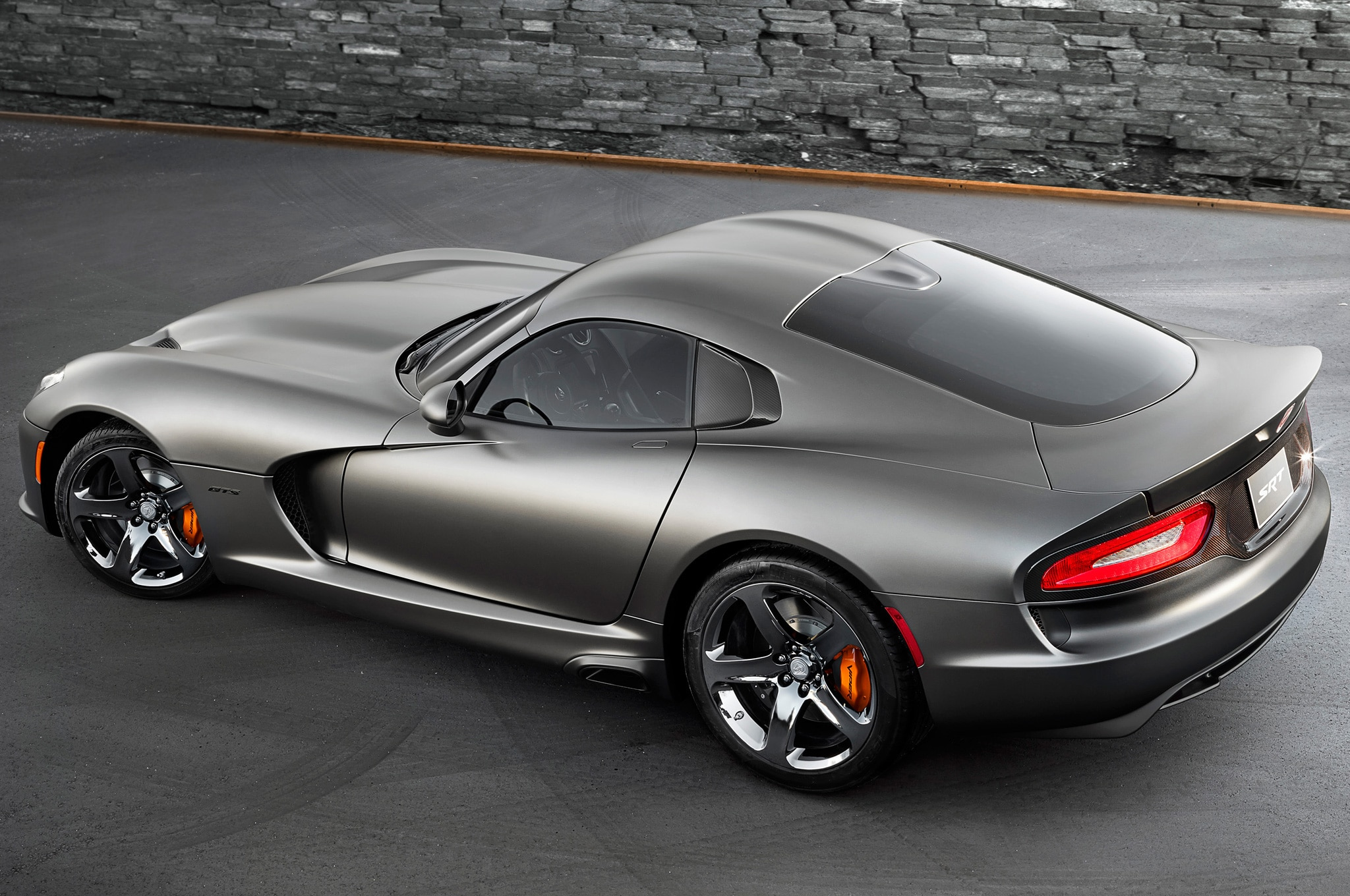 justin bell finds out if the dodge viper gts is a supercar