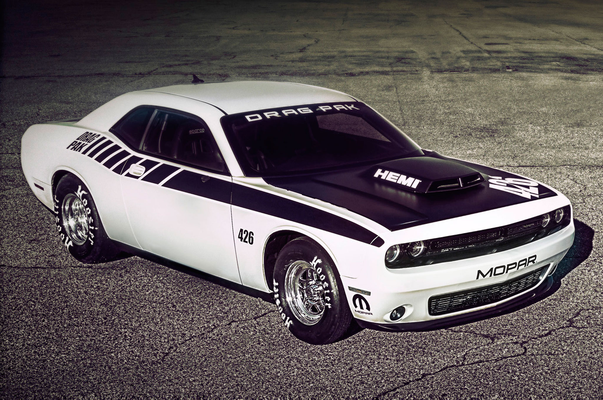 Hellcat Challenger For Sale >> 2015 Mopar Dodge Challenger Drag Pak Offers Two Engine Choices