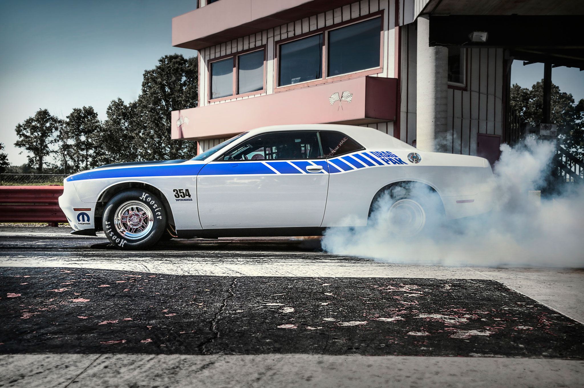 2015 Mopar Dodge Challenger Drag Pak Offers Two Engine Choices