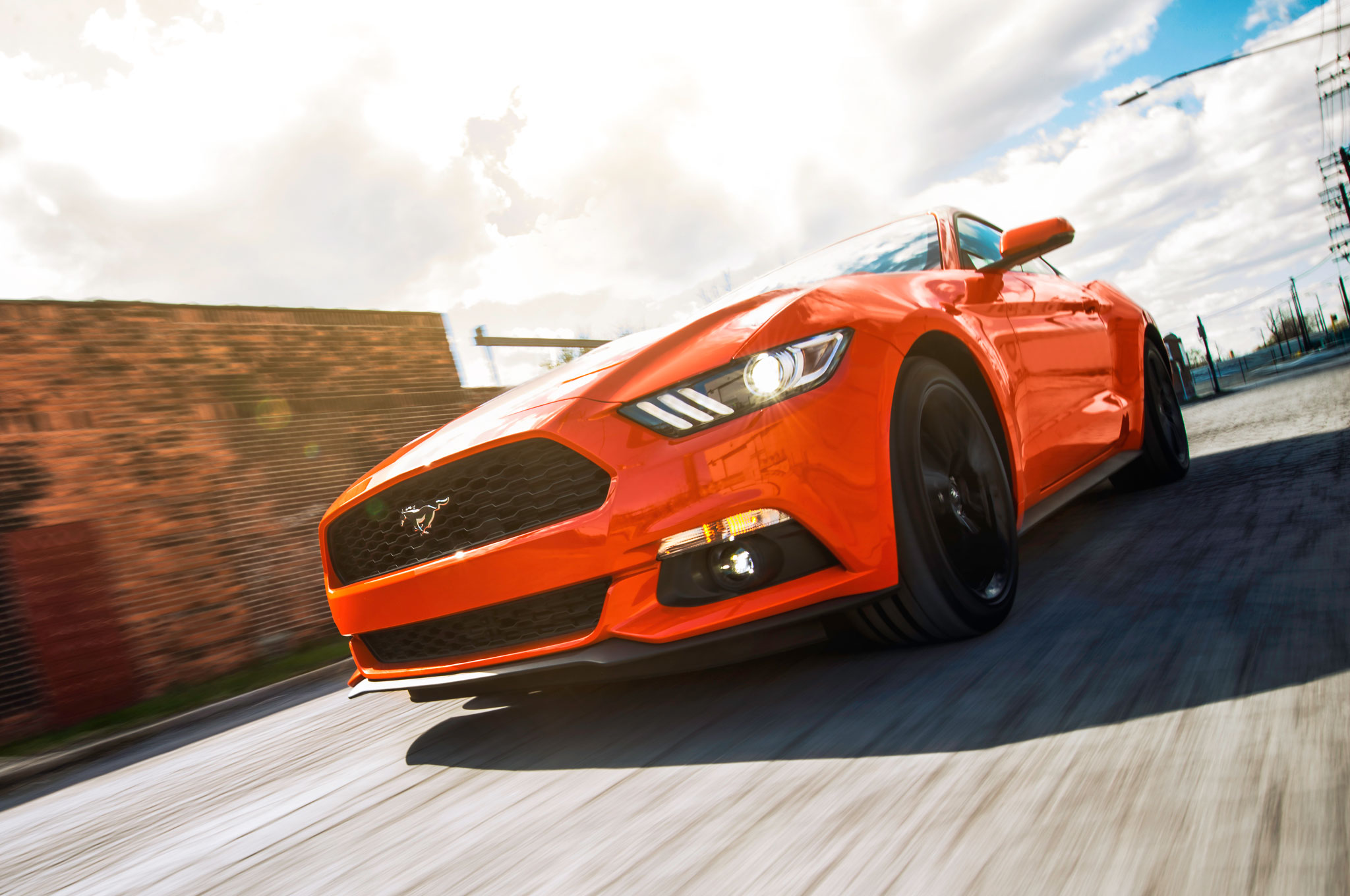 2015 Ford Mustang EcoBoost Premium Front End 03