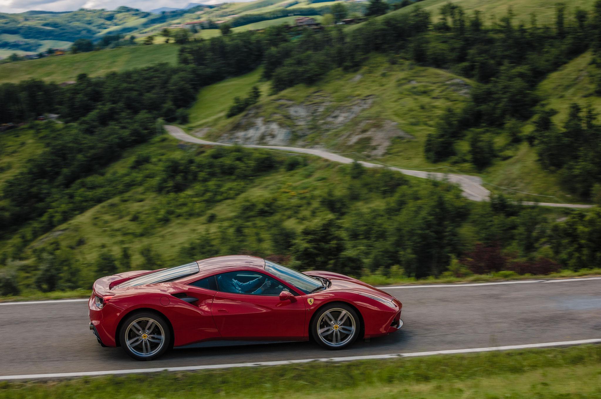 Beautiful 2016 Ferrari 488 GTB Review