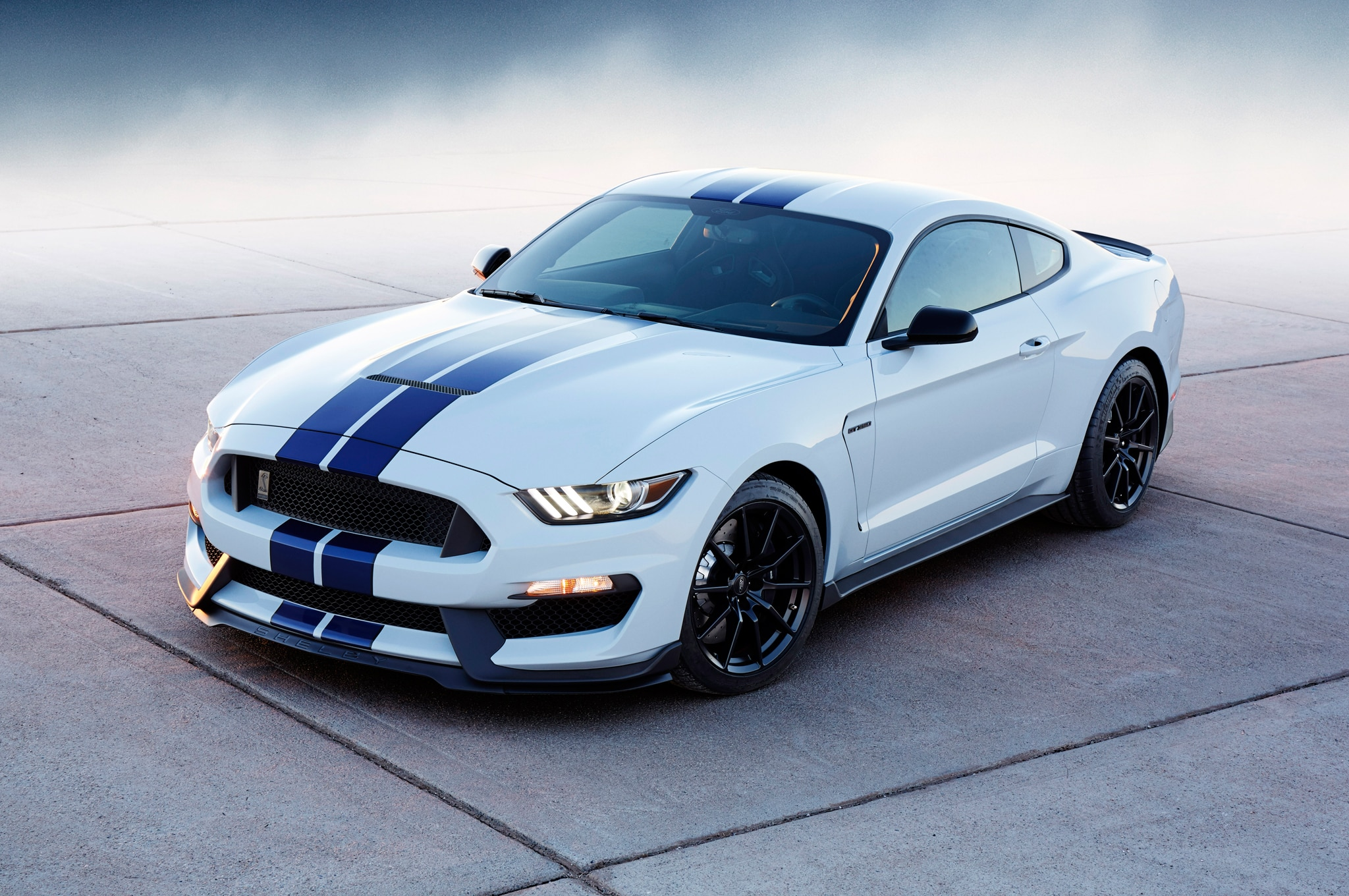 10 things to know about the ford shelby gt350 mustang s v 8 engine. Black Bedroom Furniture Sets. Home Design Ideas