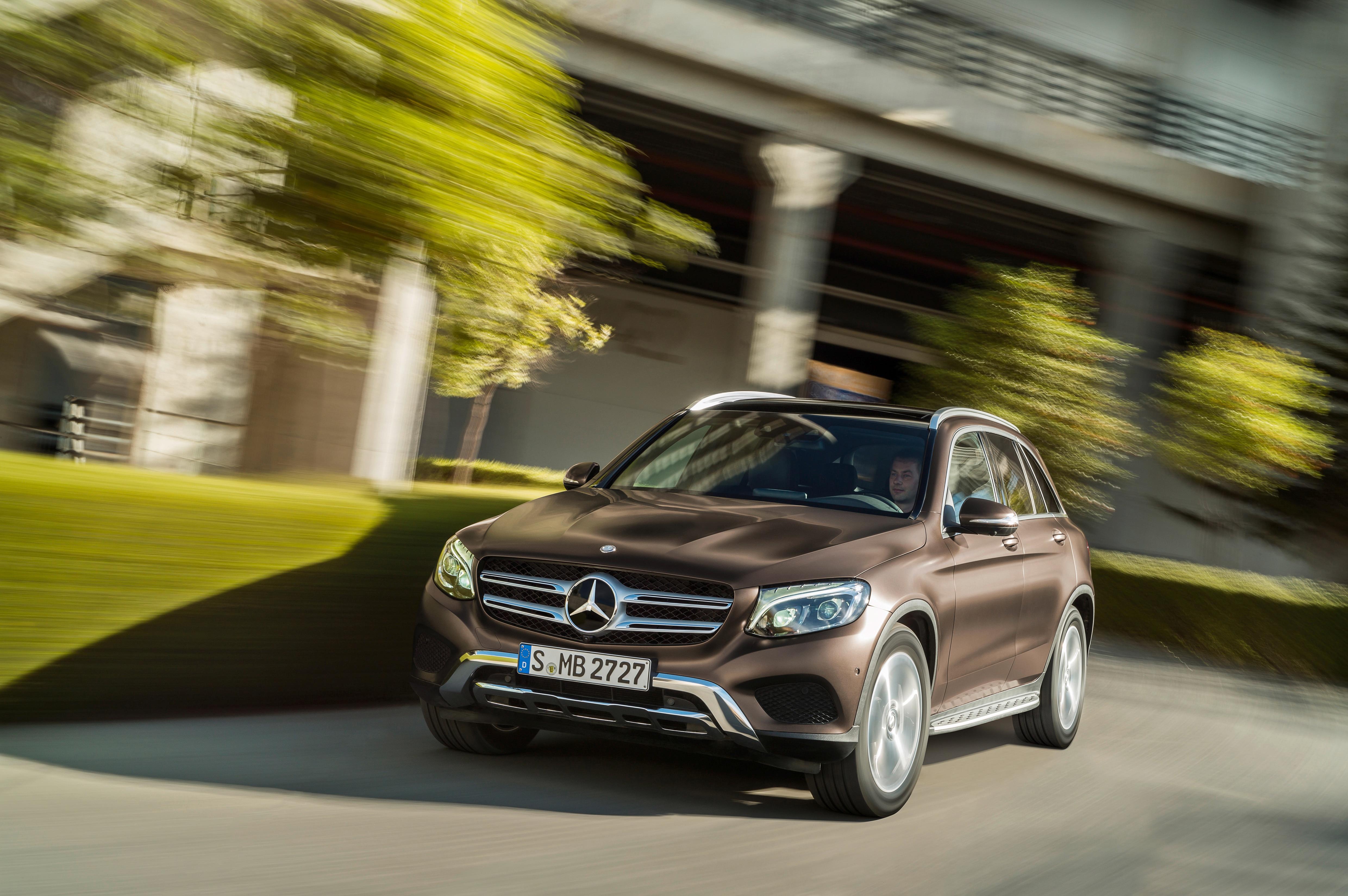 2016 Mercedes Benz Glc Class Debuts Replaces Glk