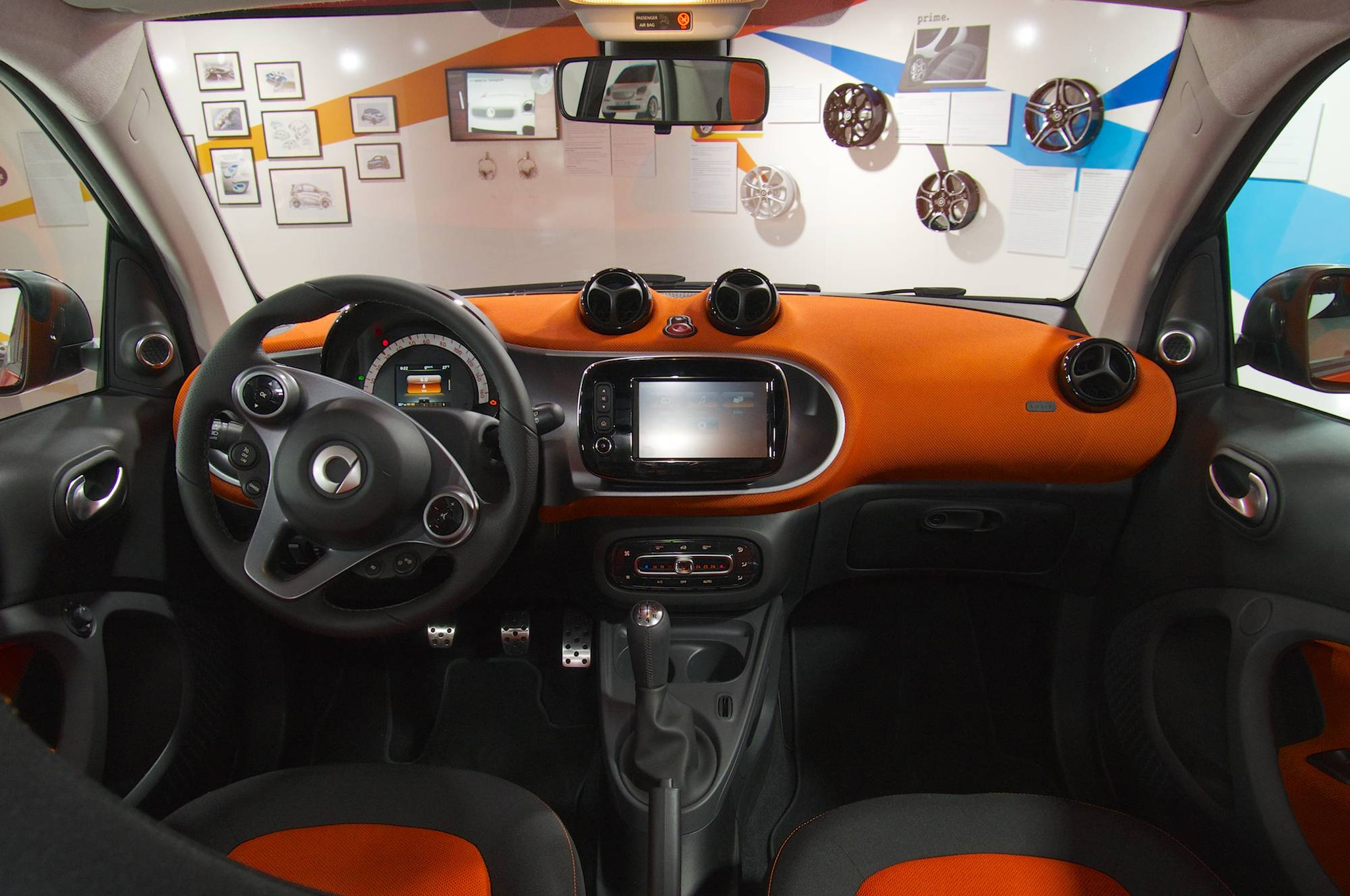 report smart unlikely to launch crossover roadster. Black Bedroom Furniture Sets. Home Design Ideas
