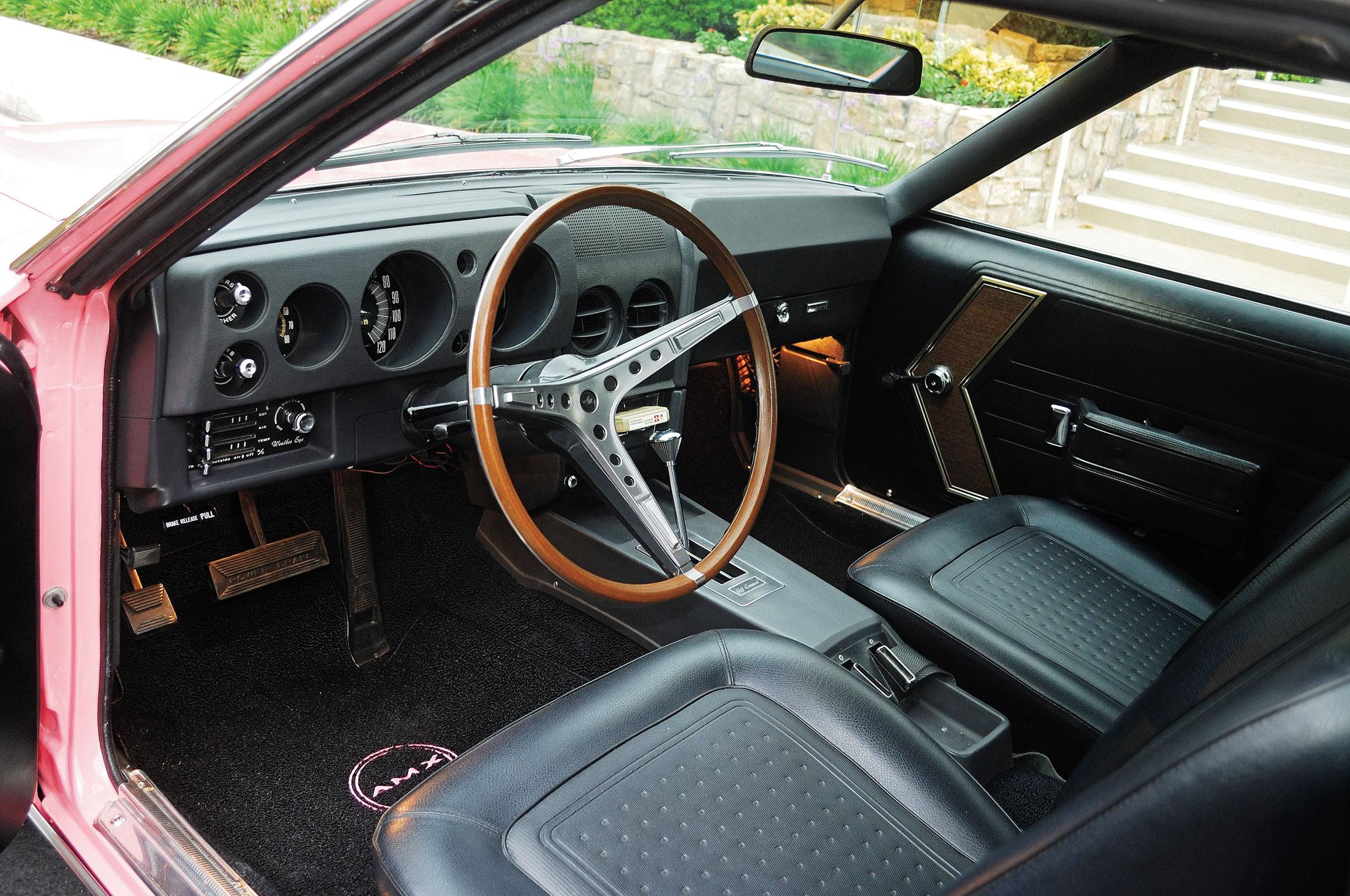 1968 AMC AMX cabin1