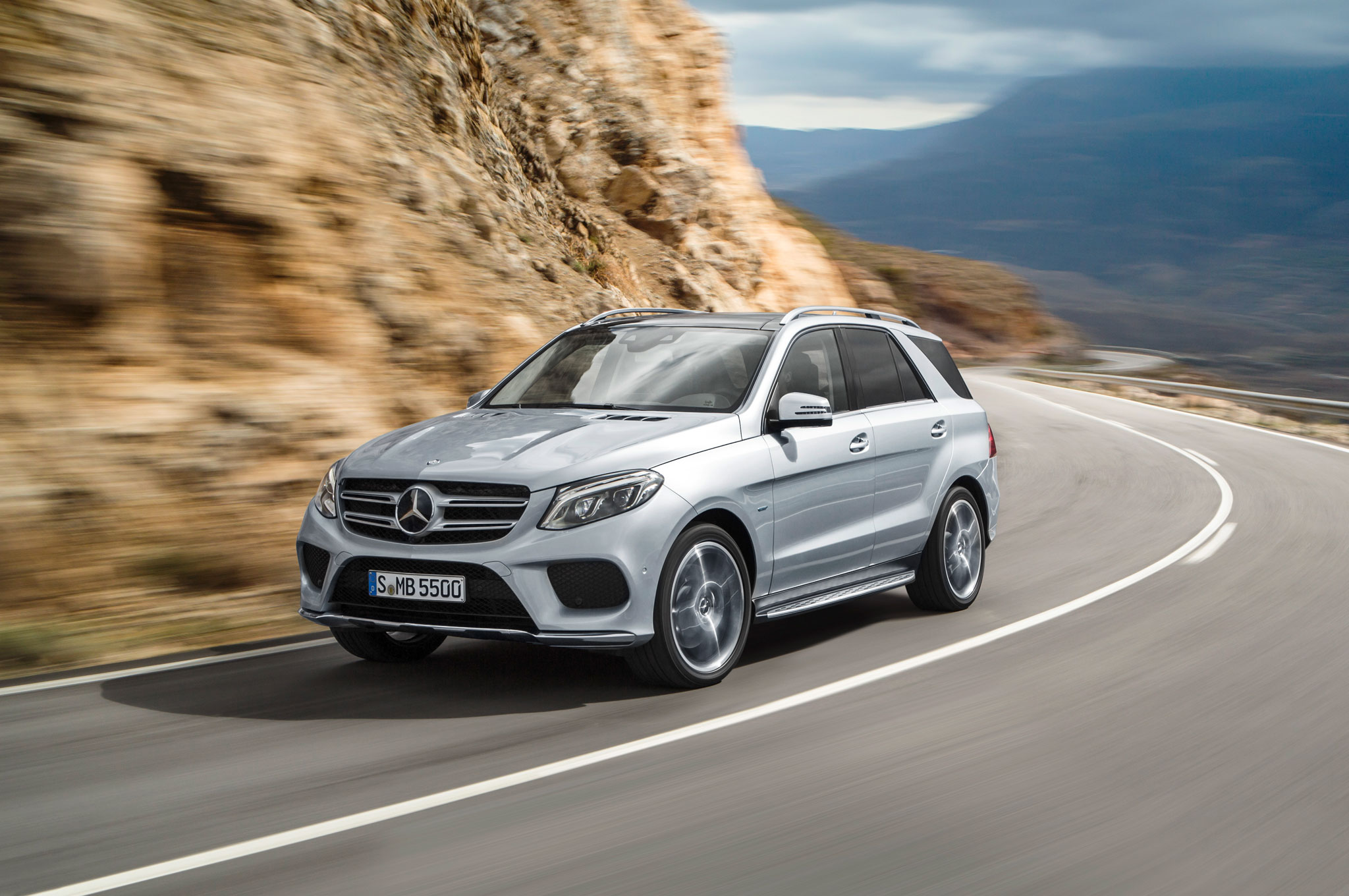2016 mercedes benz gle class review. Black Bedroom Furniture Sets. Home Design Ideas