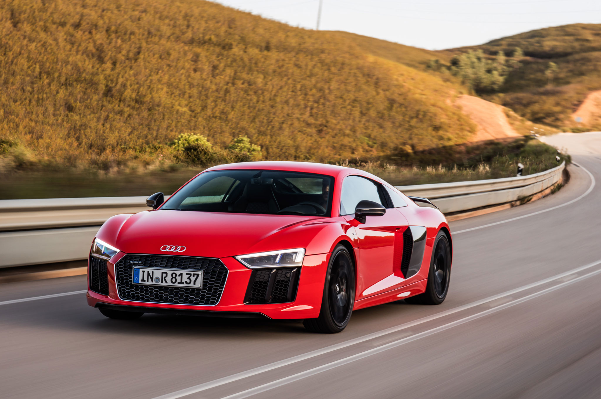 2017 Audi R8 V10 Plus Review
