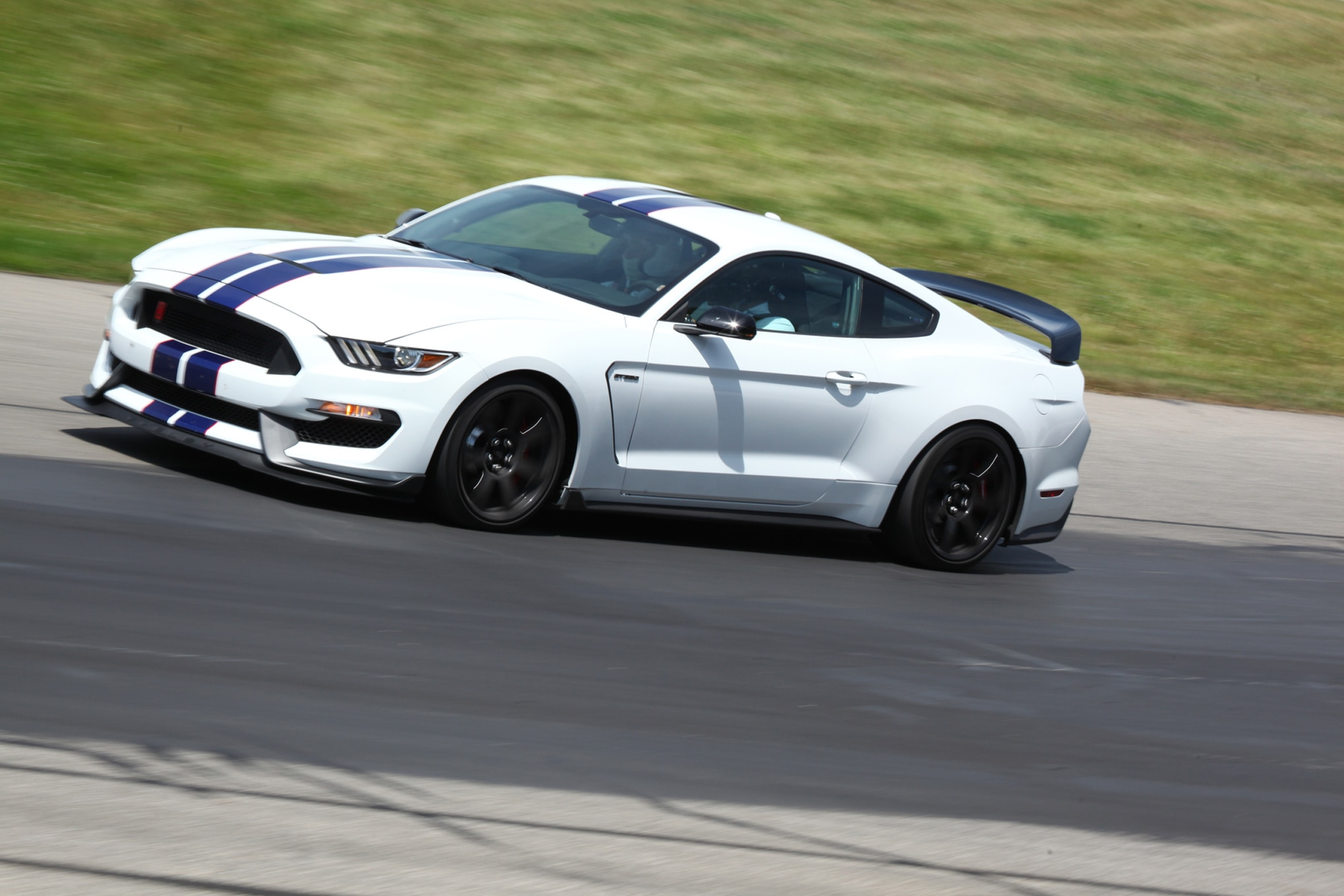 Watch Us Go for Hot Laps in the 2016 Ford Shelby GT350R Mustang