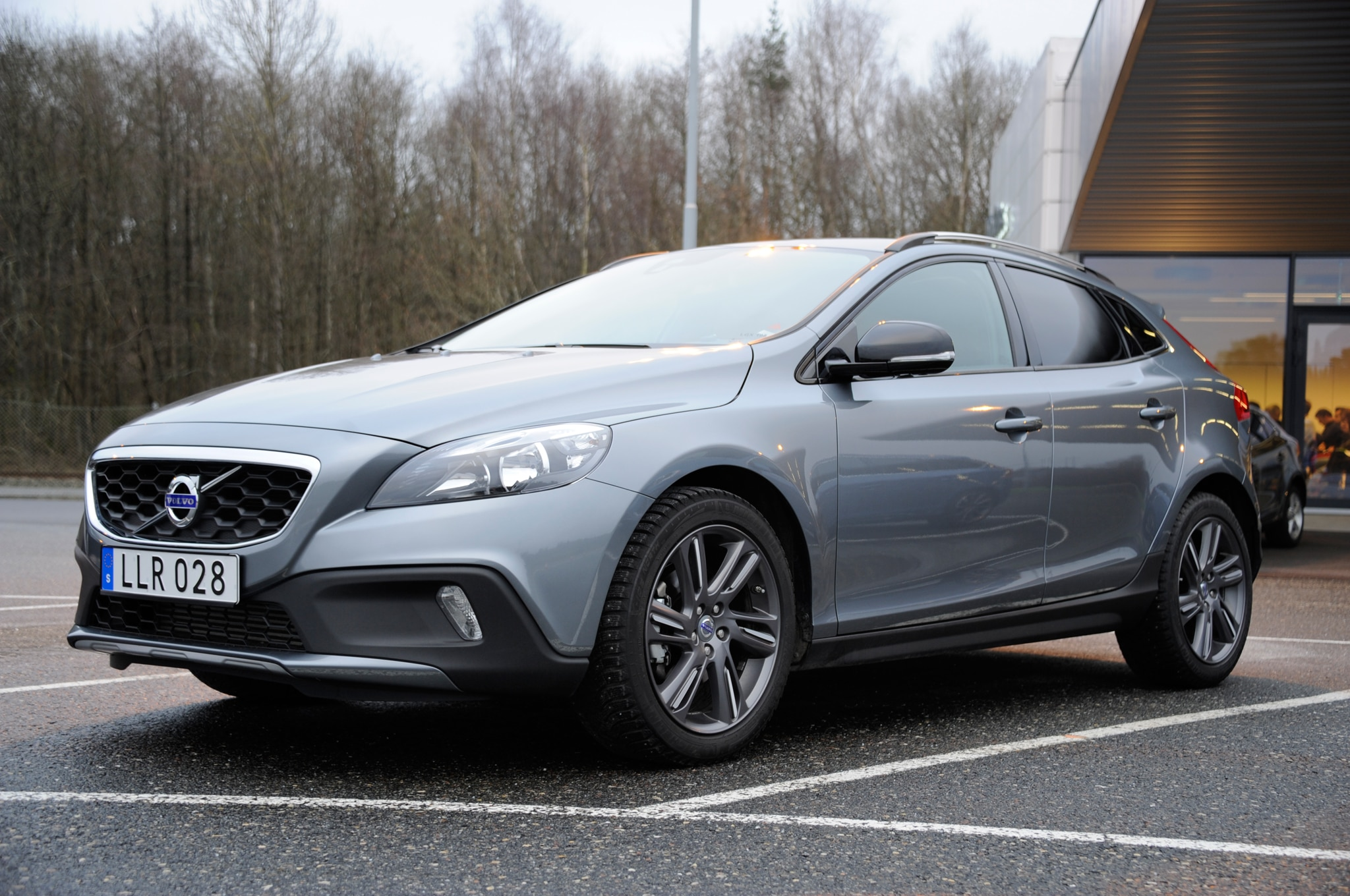report next generation volvo v40 coming to the u s. Black Bedroom Furniture Sets. Home Design Ideas