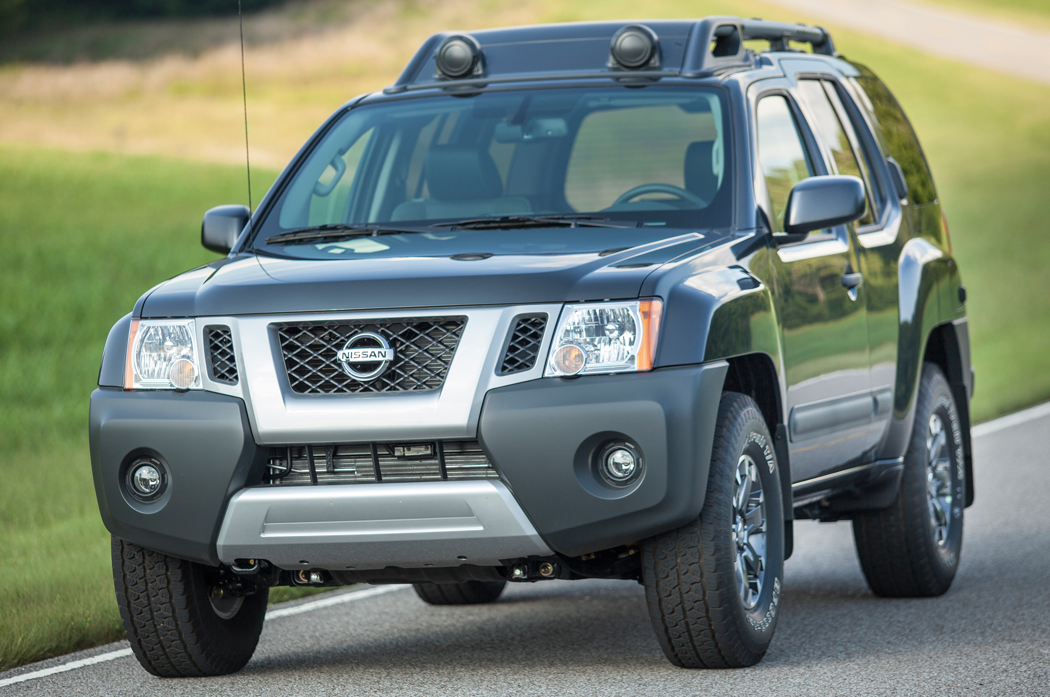 nissan lineup updated for 2016 xterra suv discontinued. Black Bedroom Furniture Sets. Home Design Ideas