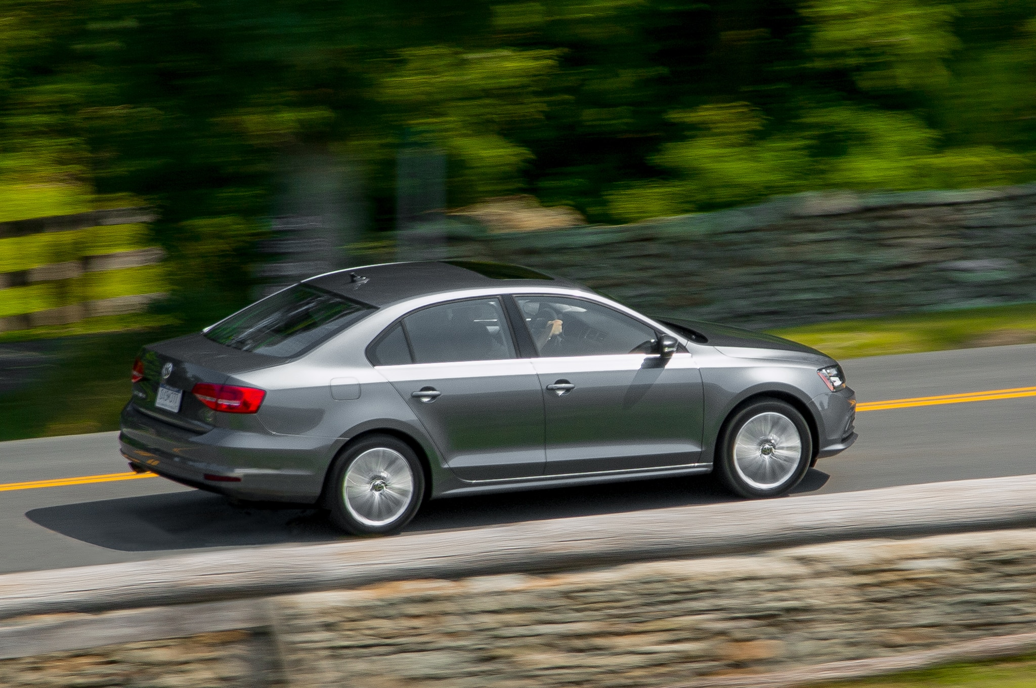 2016 Volkswagen Jetta 1.4T Rated at Up to 40 MPG