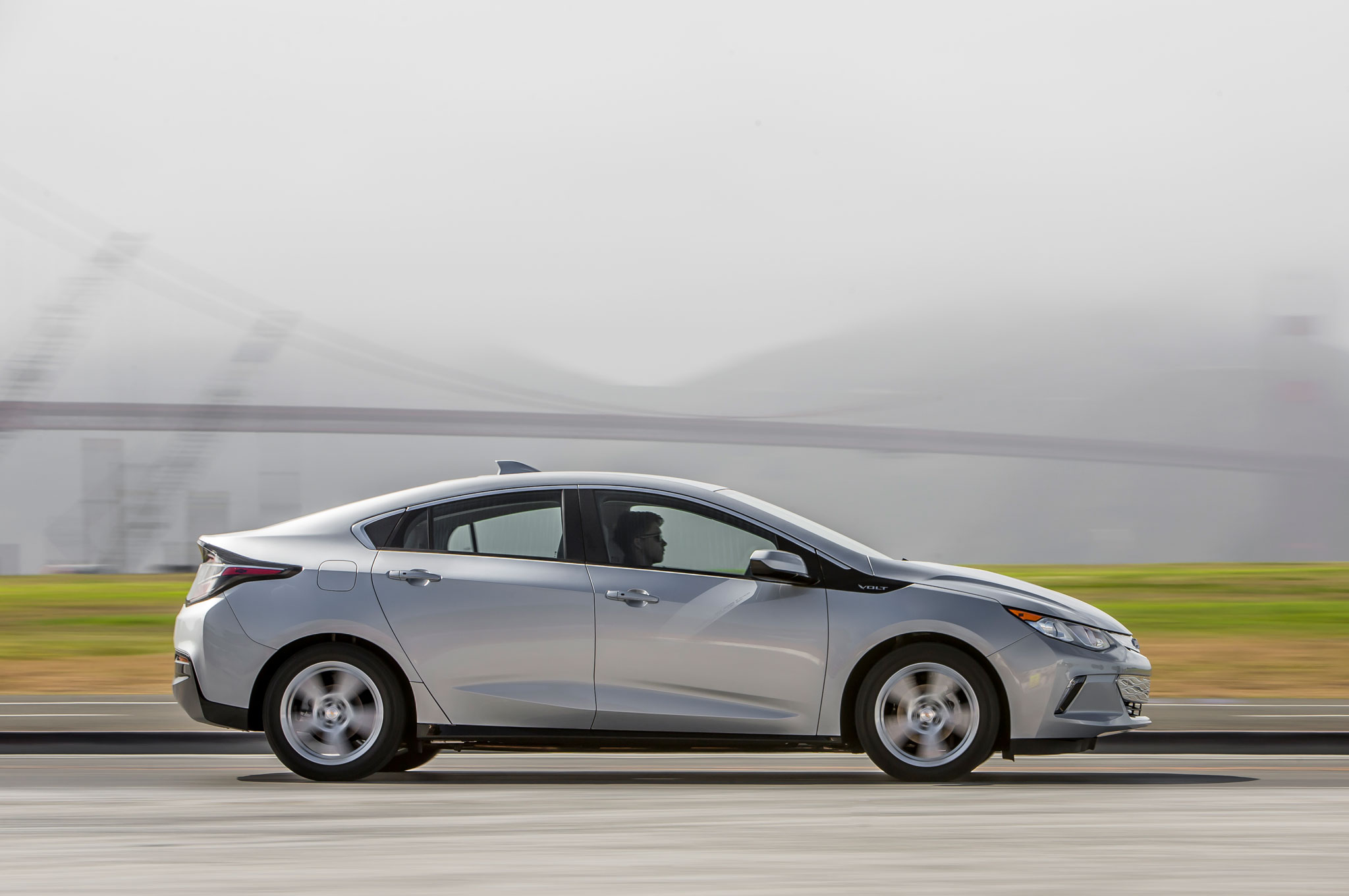 2016 chevrolet volt review. Black Bedroom Furniture Sets. Home Design Ideas