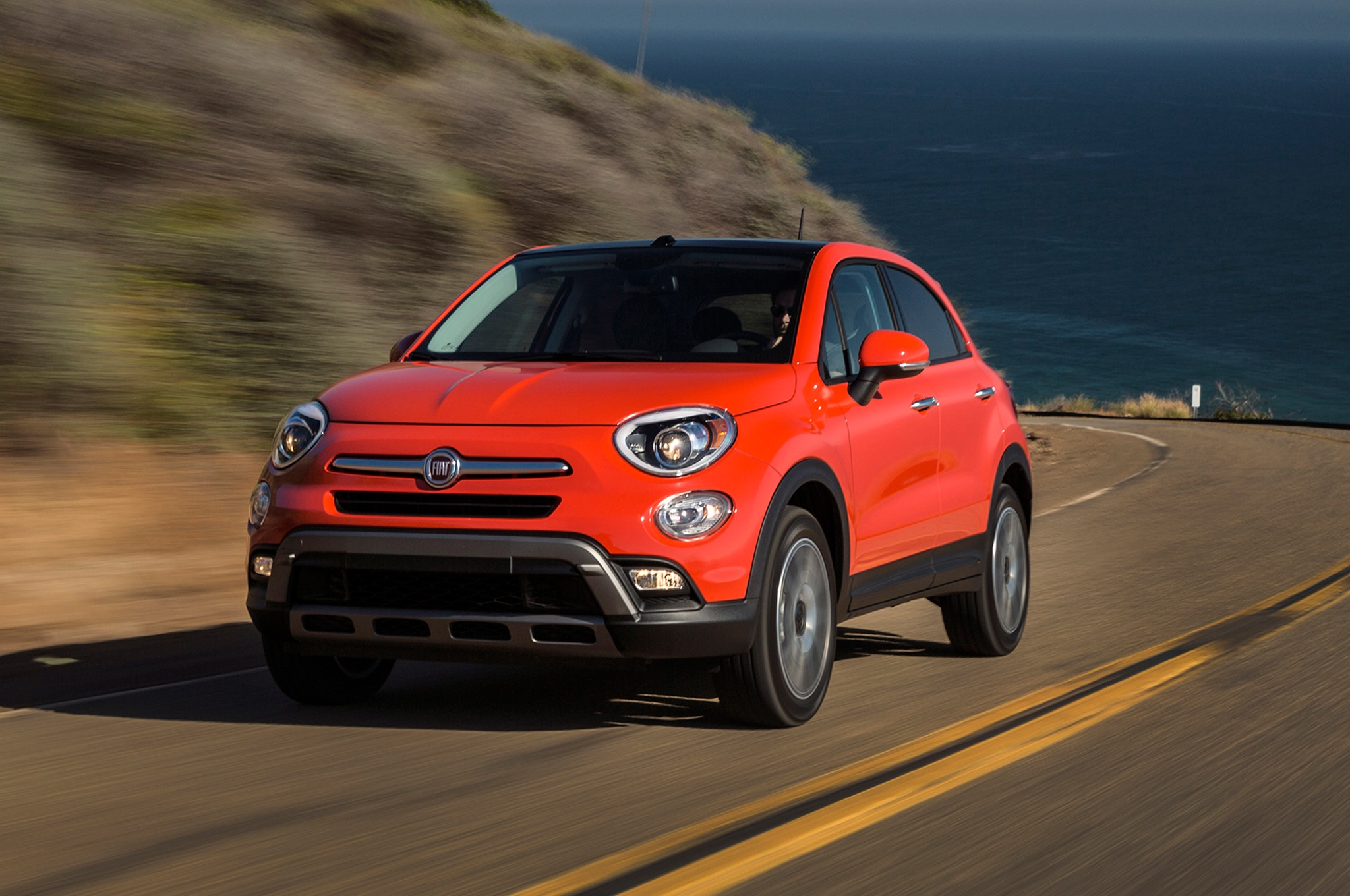 report 200 hp fiat 500x abarth on the way. Black Bedroom Furniture Sets. Home Design Ideas