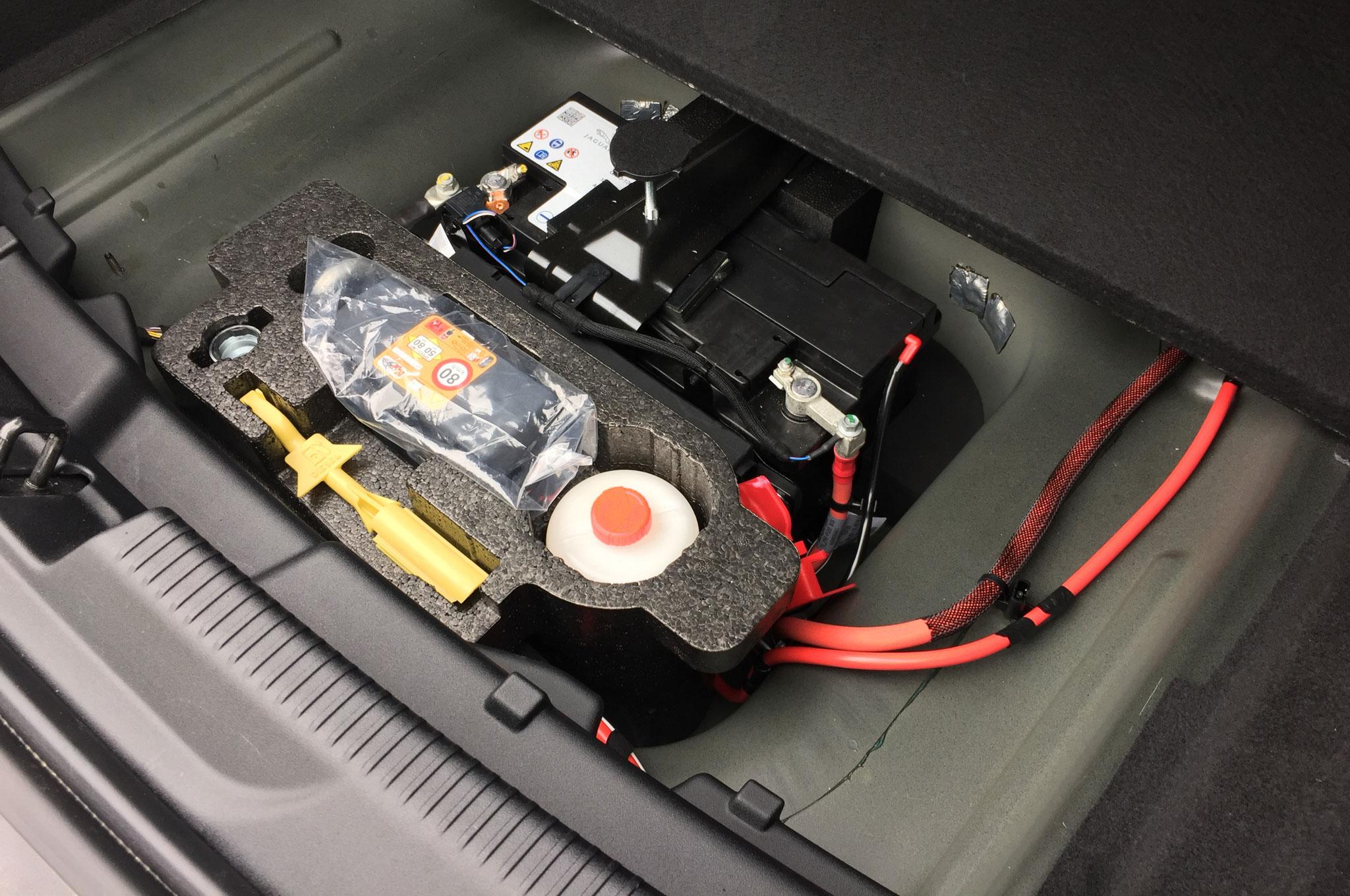 Jaguar Xe Diesel U K Spec Emergency Kit on Jaguar Battery Location