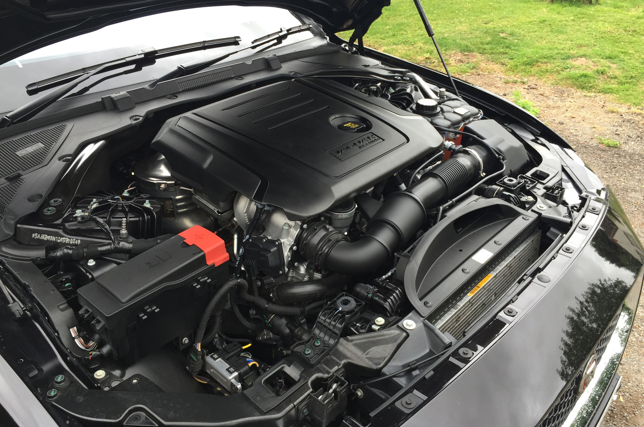 2016 jaguar xe diesel ukspec review