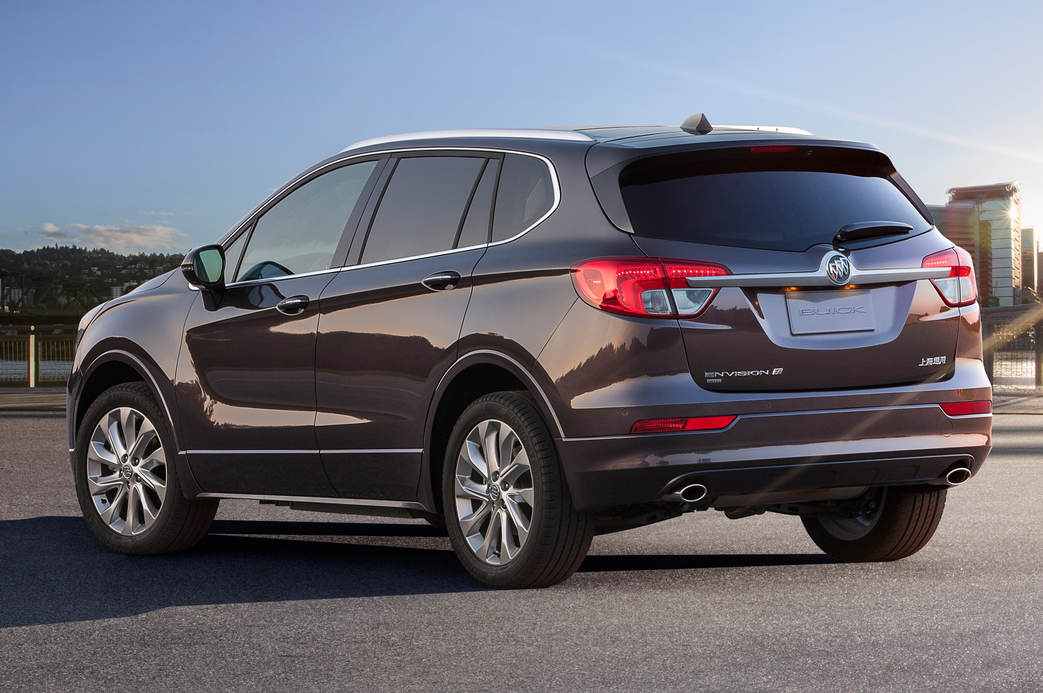 2016 Buick Envision Priced 42995 on hyundai genesis trims