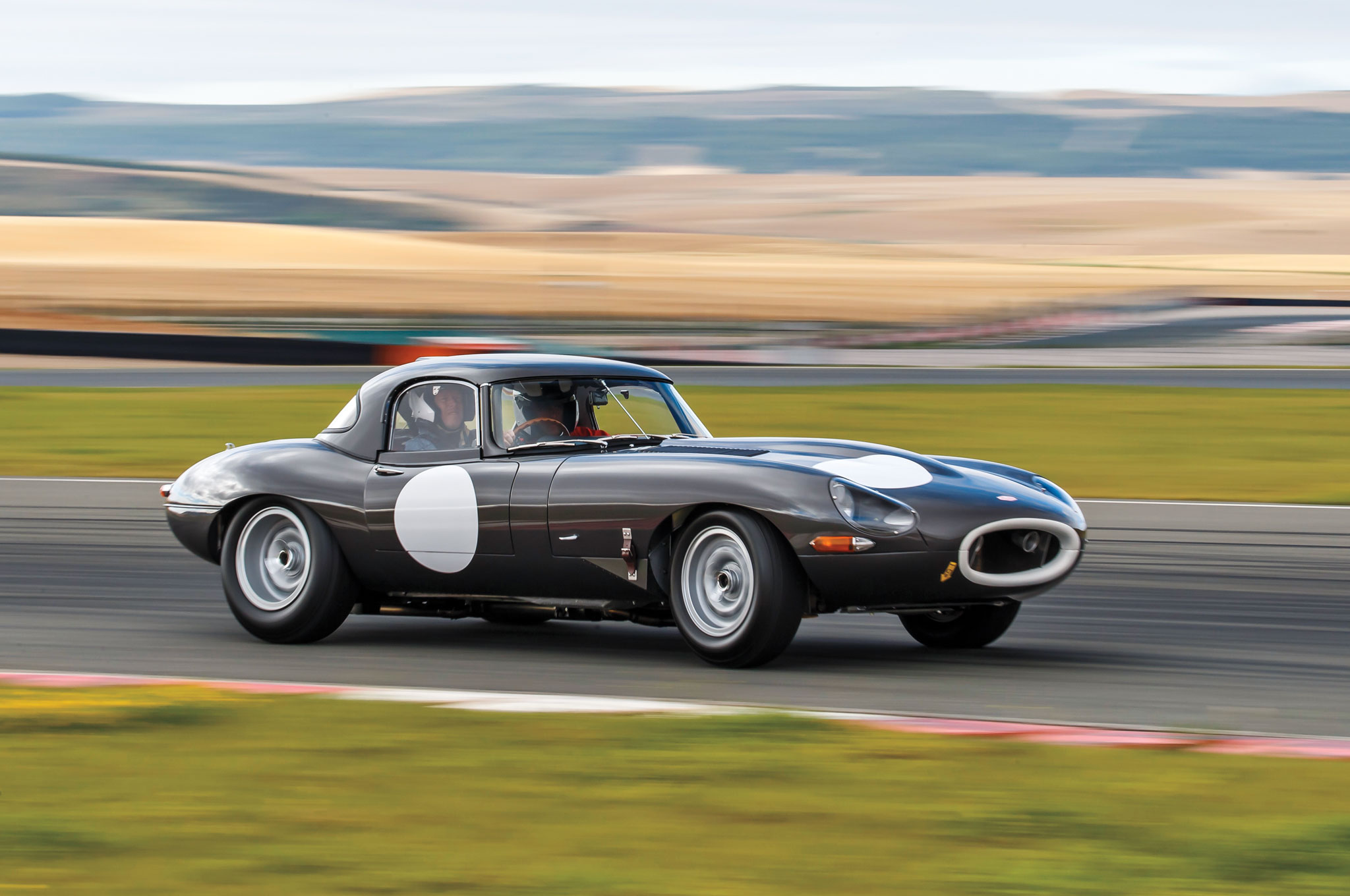 Jaguar Lightweight E Type Front Three Quarter In Motion 03