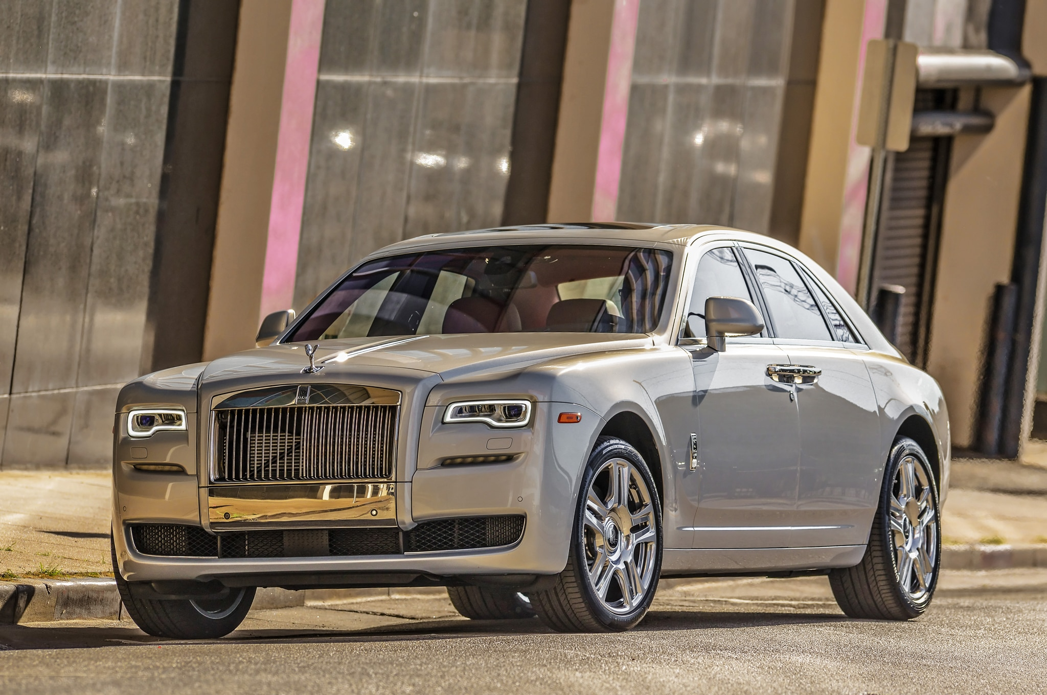 next rolls royce phantom to slim down thanks to aluminum platform. Black Bedroom Furniture Sets. Home Design Ideas