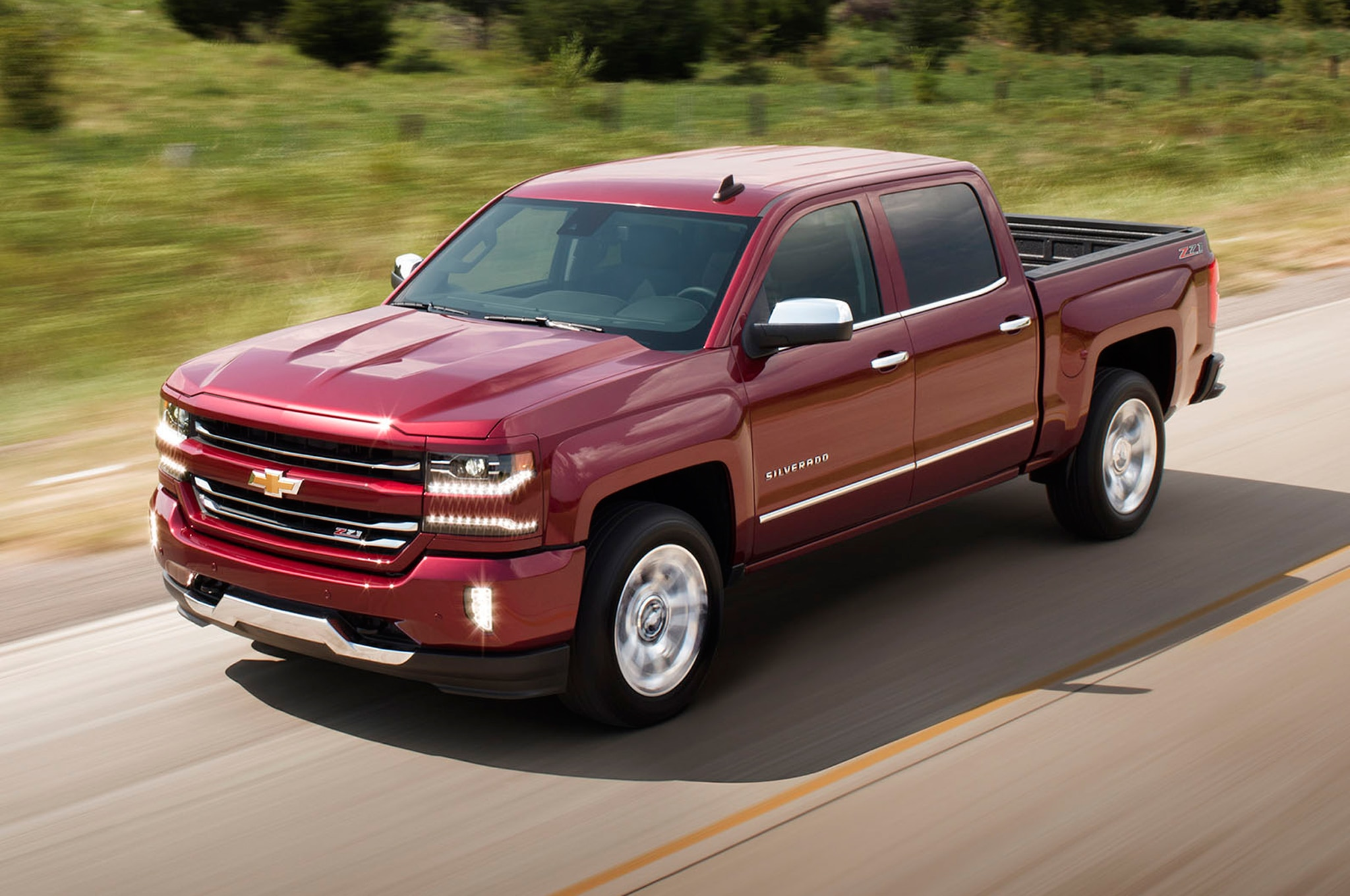 2016 Chevrolet Silverado Offers 8Speed Automatic with 53Liter V8