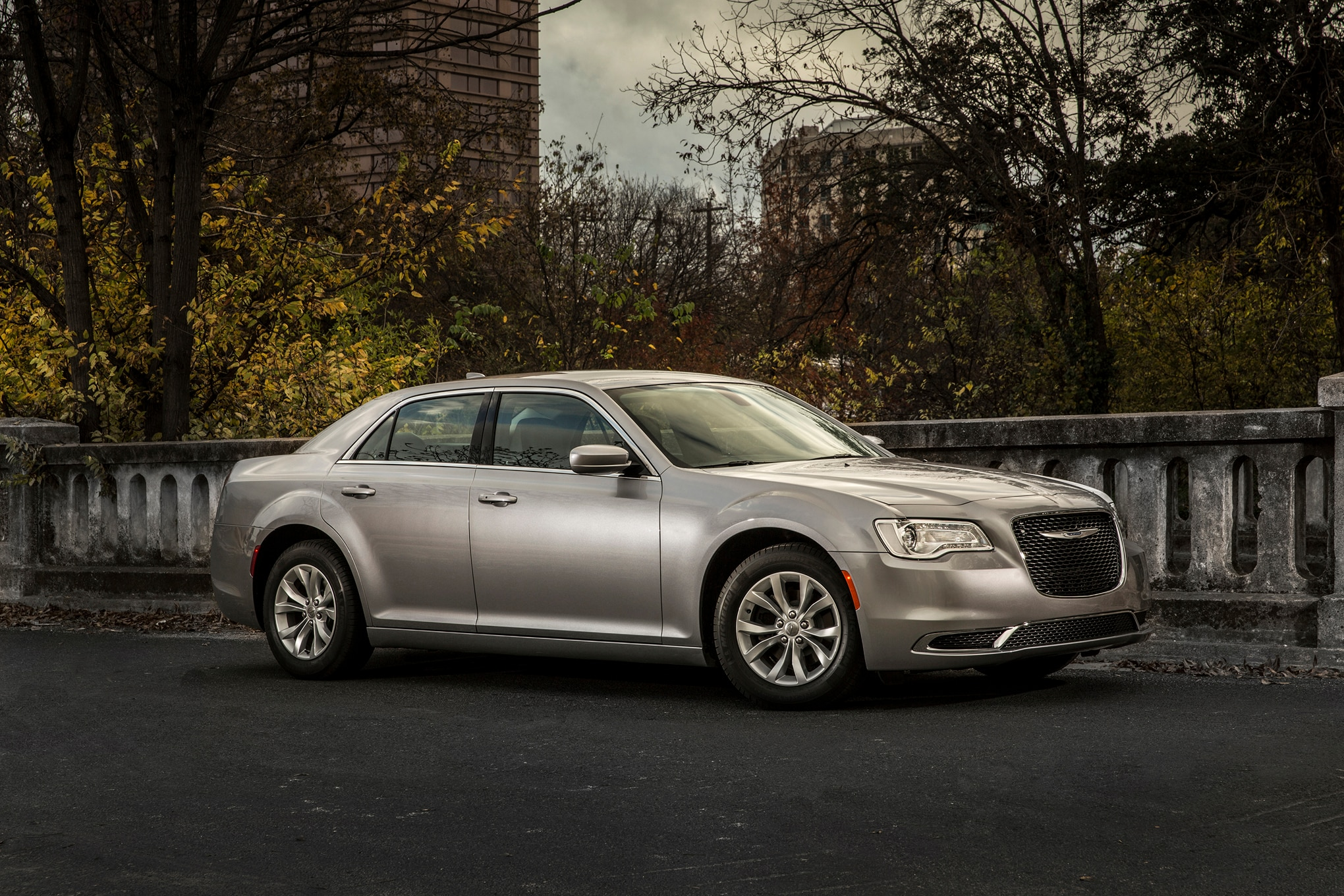 2016 chrysler 300 town country add 90th anniversary edition models. Black Bedroom Furniture Sets. Home Design Ideas