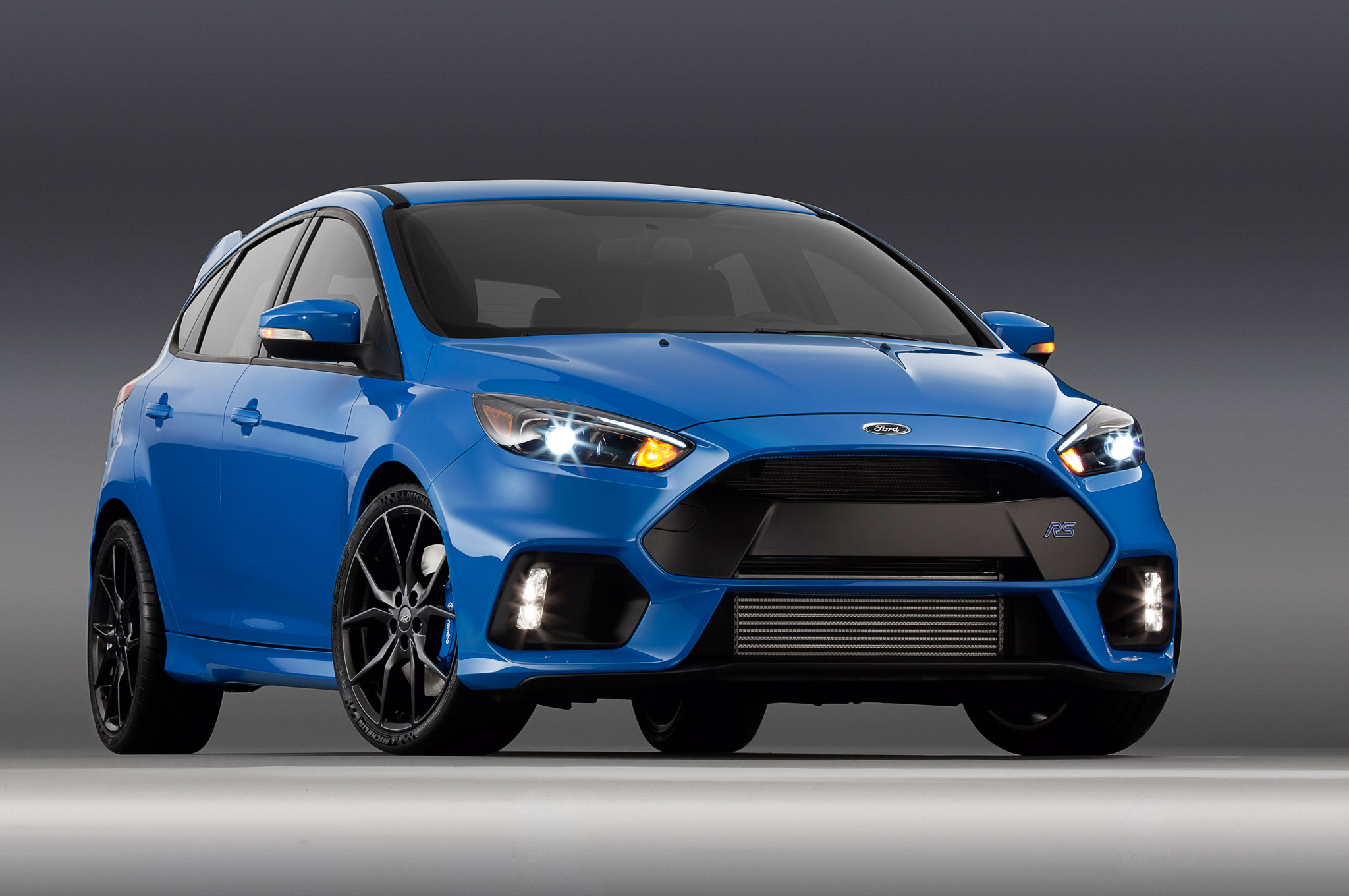 2016 Ford Focus RS Clocked at 4 7 Seconds 0 62 MPH Costs $36 605