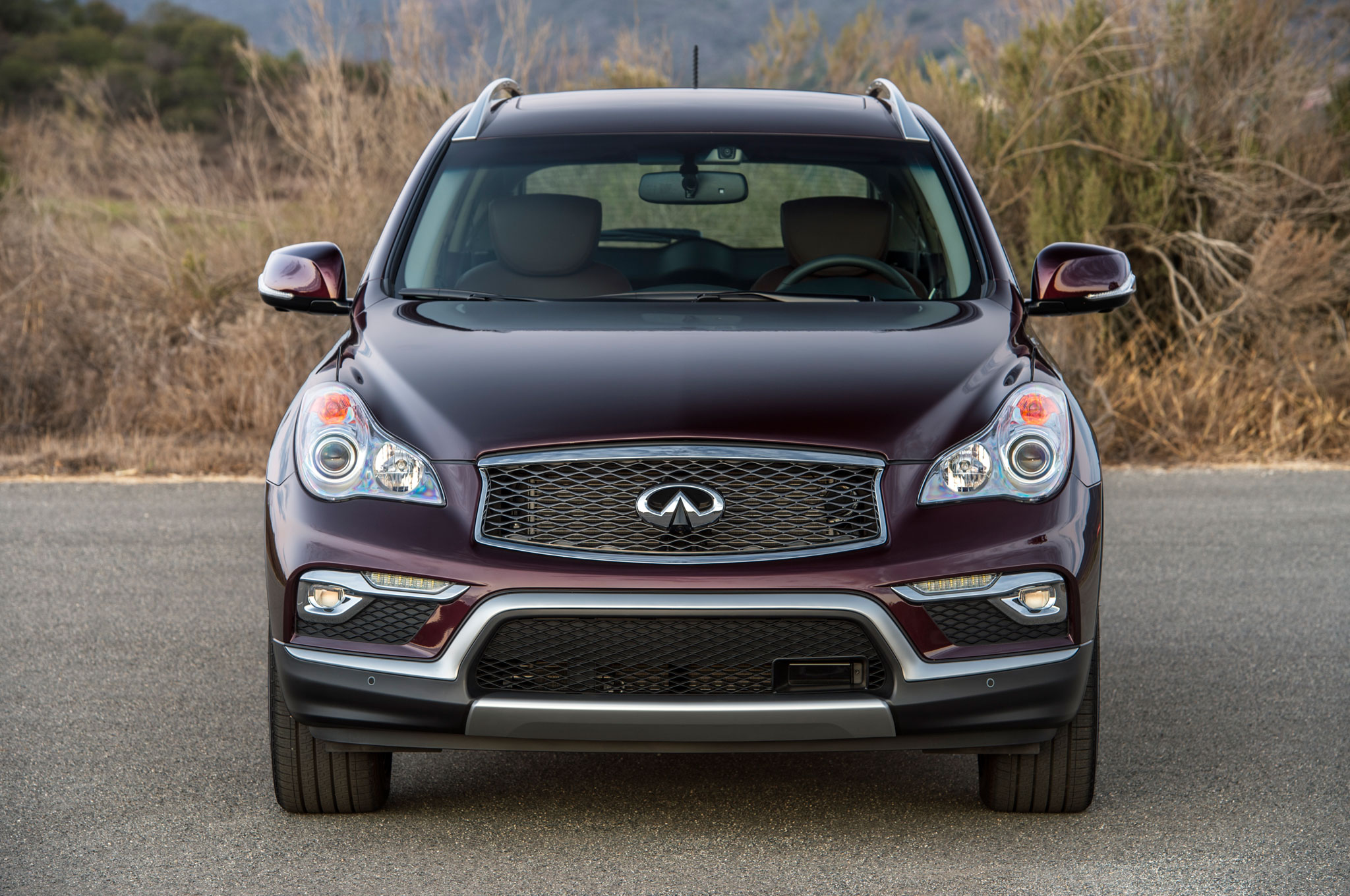 the infiniti review news front