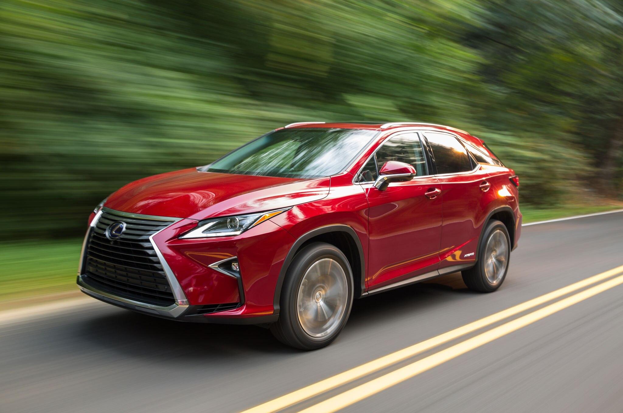 http://st.automobilemag.com/uploads/sites/11/2015/09/2016-Lexus-RX-450h-Hybrid-front-three-quarter-in-motion-05.jpg
