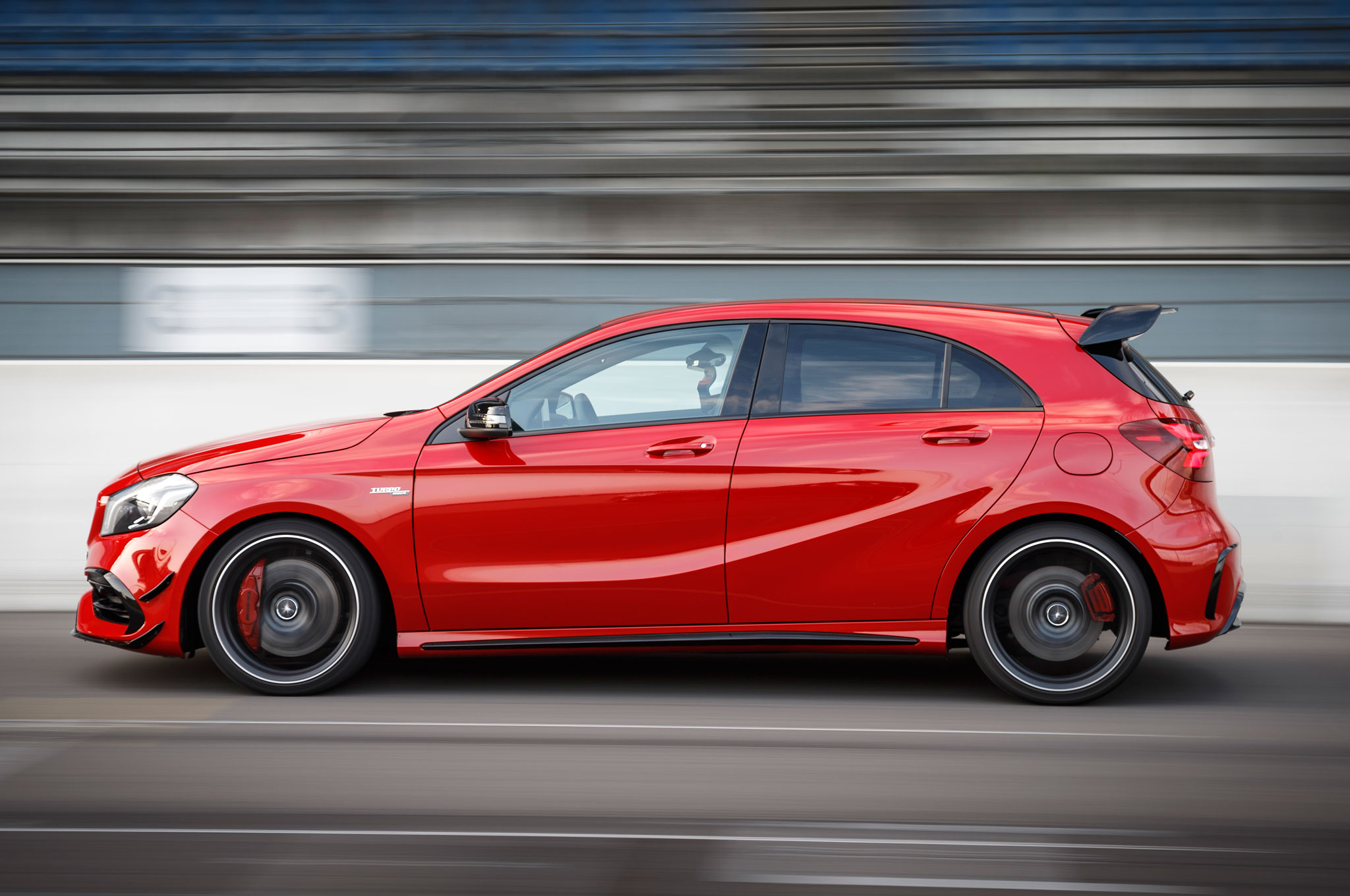 http://st.automobilemag.com/uploads/sites/11/2015/09/2016-Mercedes-AMG-A45-4Matic-side-profile-05.jpg