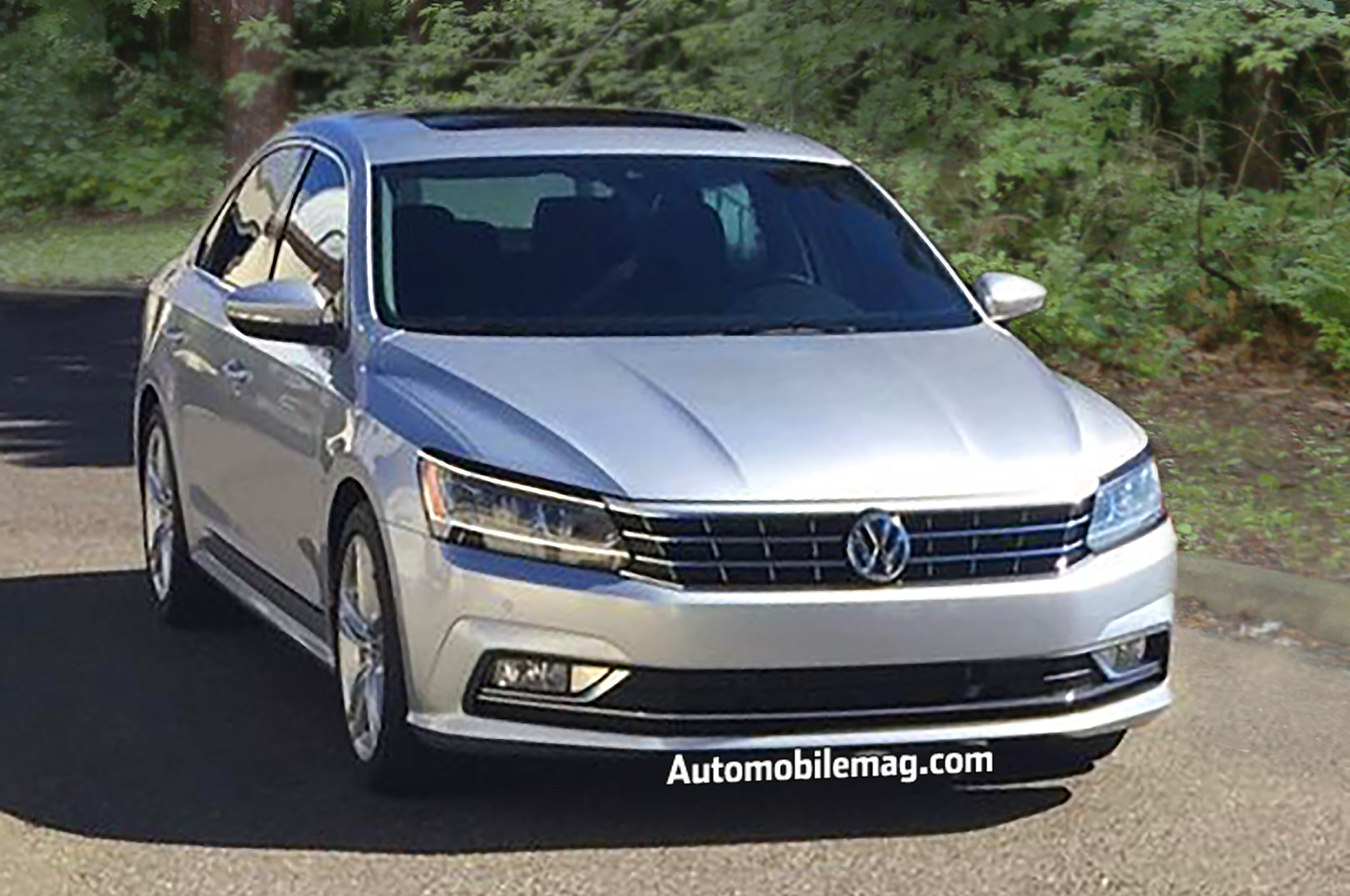 2016 volkswagen passat spied ahead of official debut. Black Bedroom Furniture Sets. Home Design Ideas