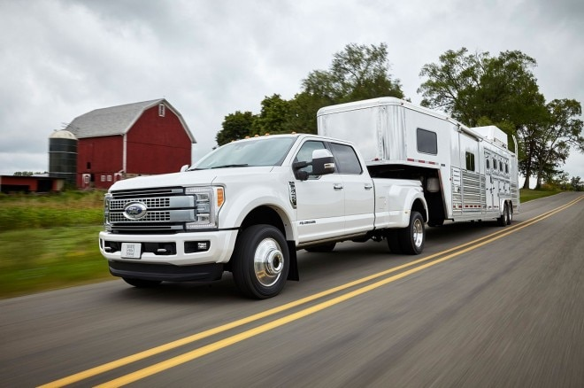 Ford Super Duty Boosts Power, Payload and Towing