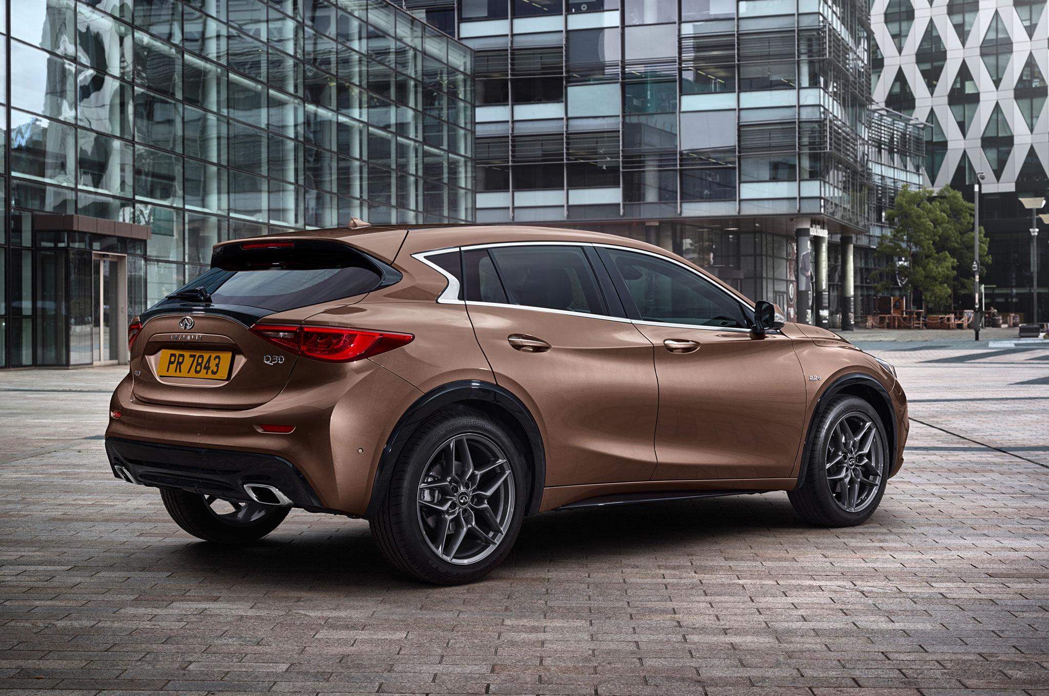 2017 infiniti q30 is the luxury brand's first compact hatchback