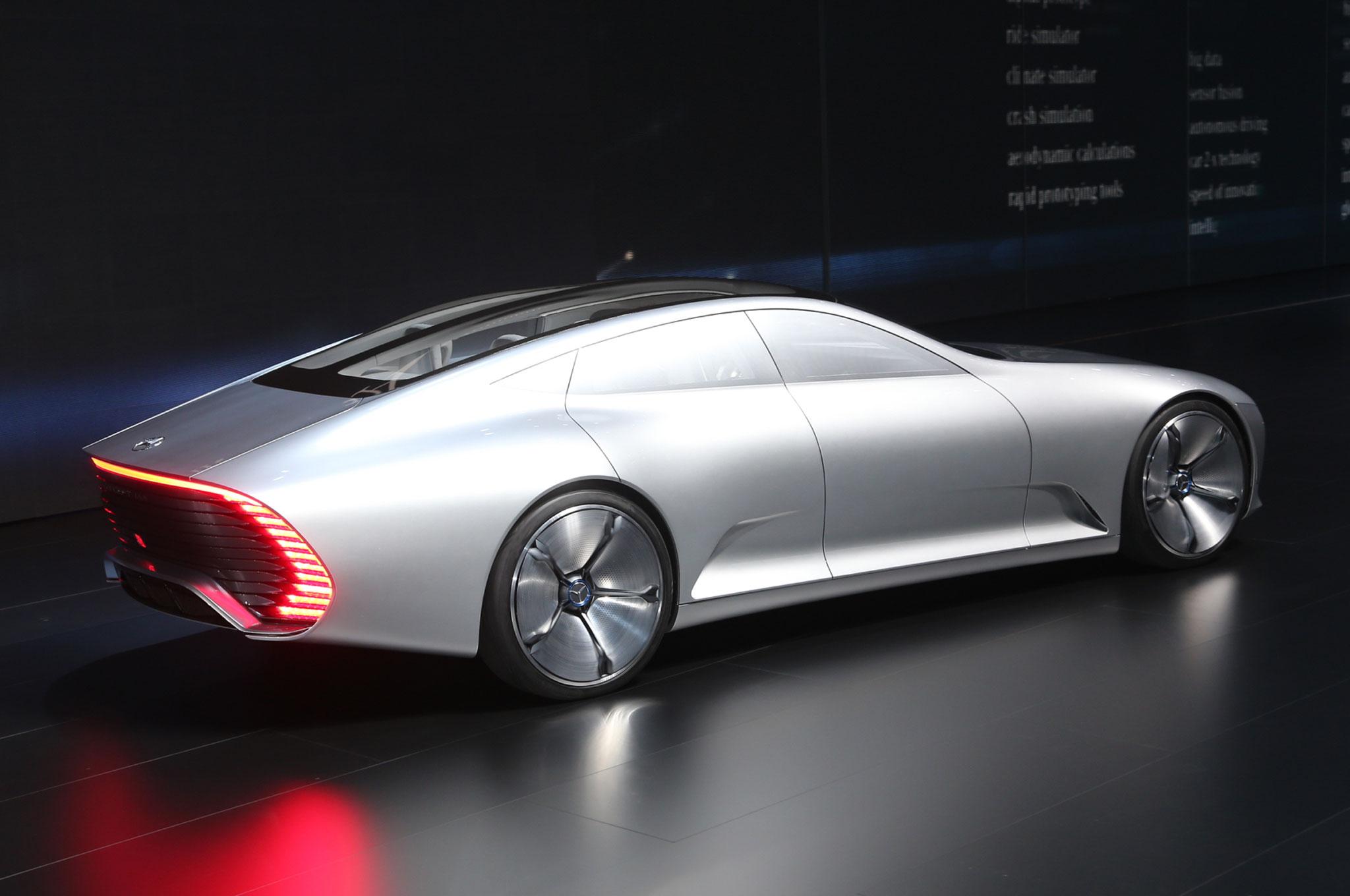 mercedes benz concept iaa is a study in aerodynamics. Black Bedroom Furniture Sets. Home Design Ideas