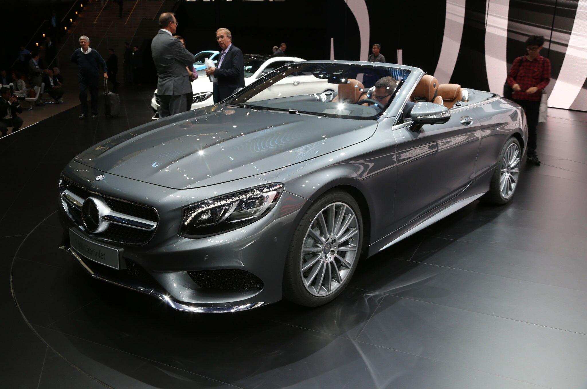 http://st.automobilemag.com/uploads/sites/11/2015/09/Mercedes-Benz-S500-Cabriolet-front-three-quarter.jpg