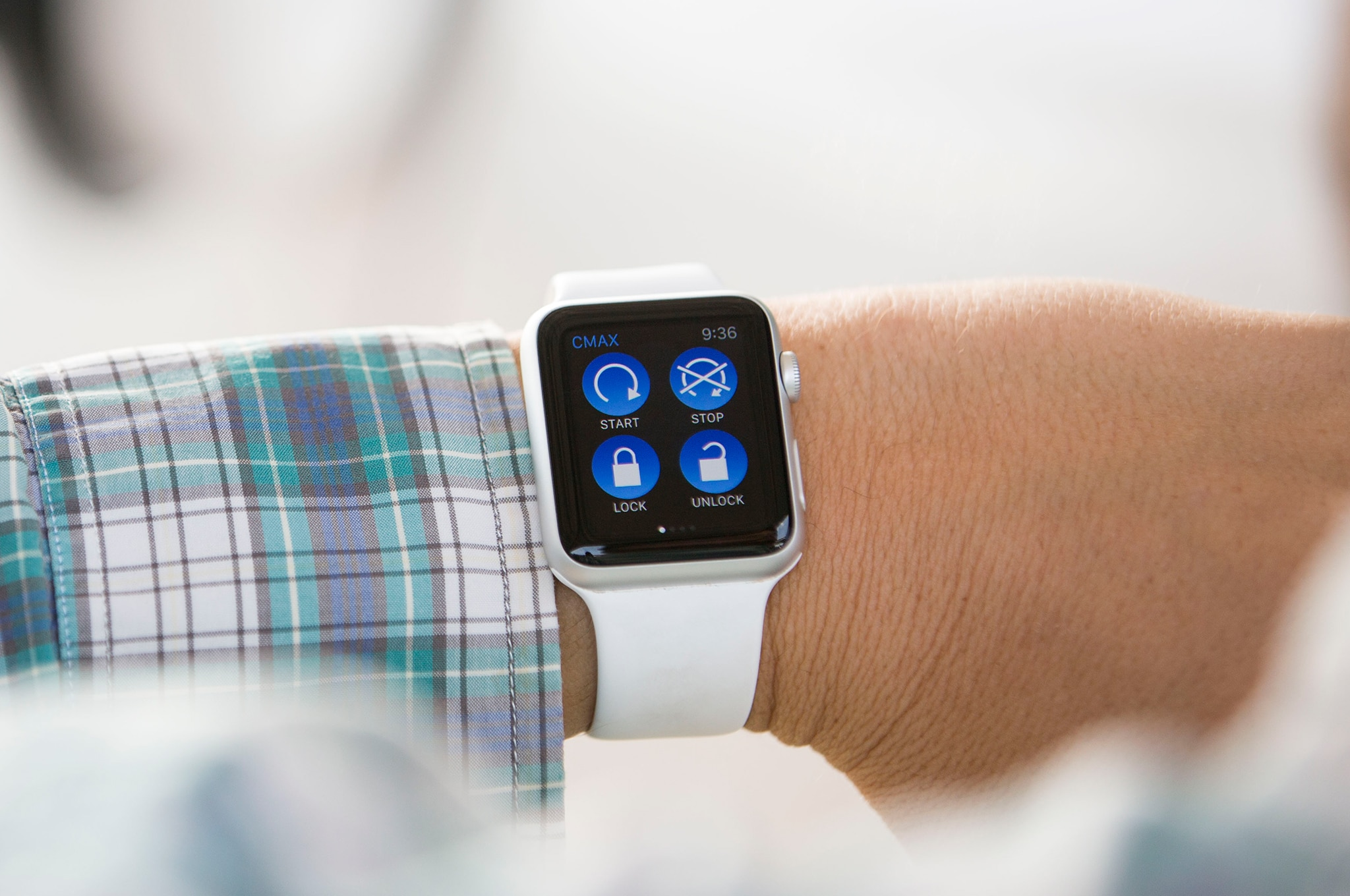 ford reveals new smart watch apps for ev owners. Black Bedroom Furniture Sets. Home Design Ideas