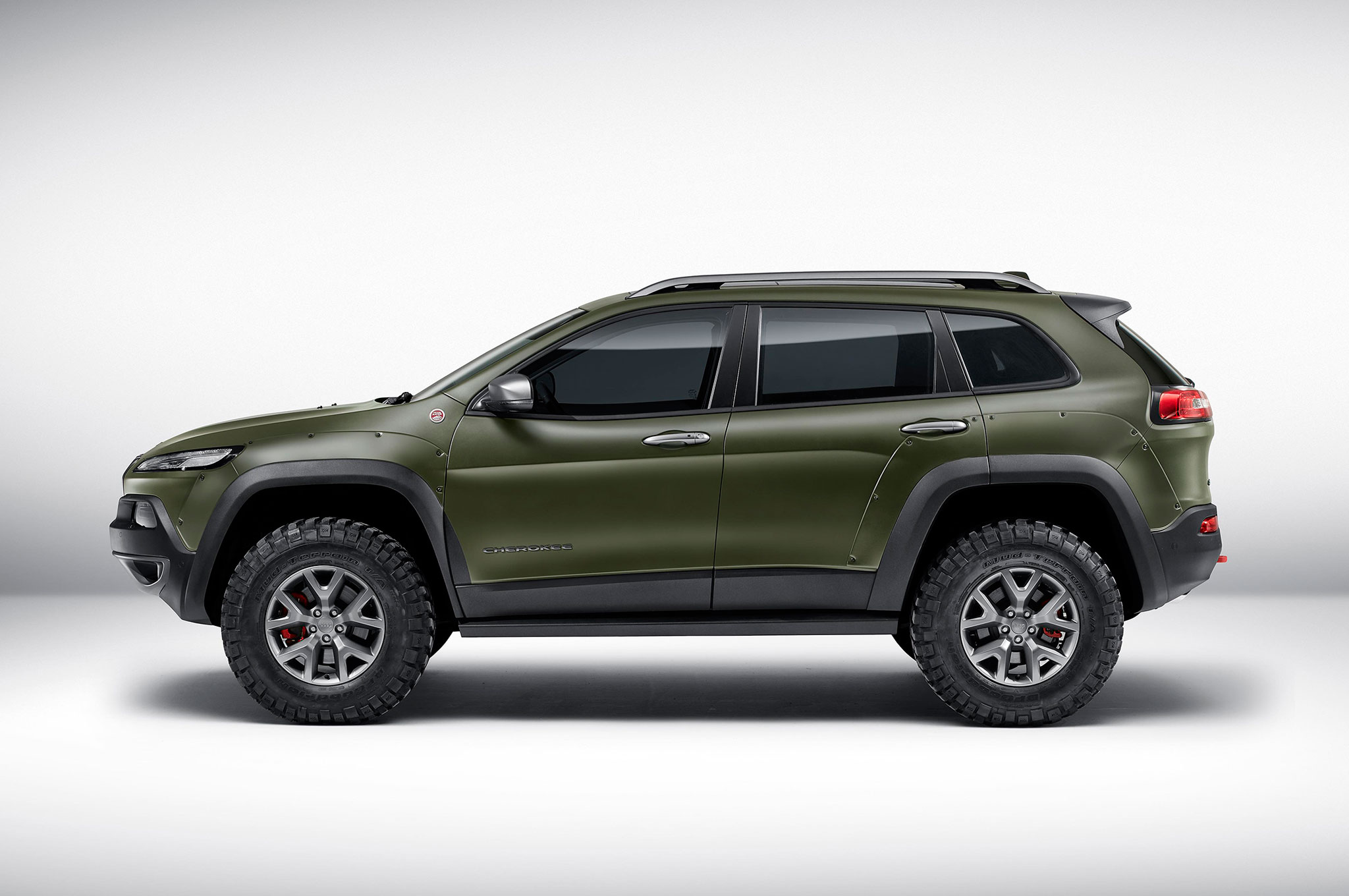 Wrangler Jeep Inside >> Mopar-Tuned Jeep Cherokee, Wrangler, and Renegade Debut in ...