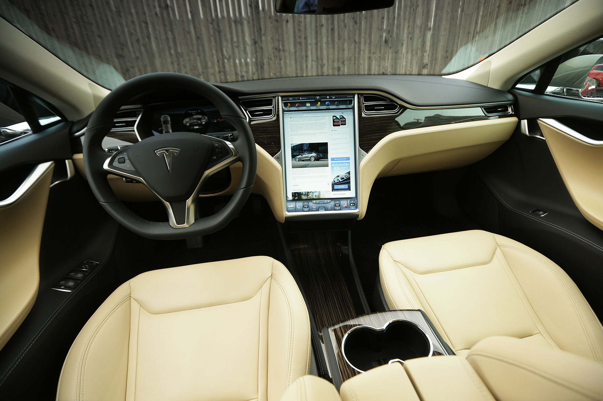 Tesla model s the jaguar e type of our time for Interieur tesla