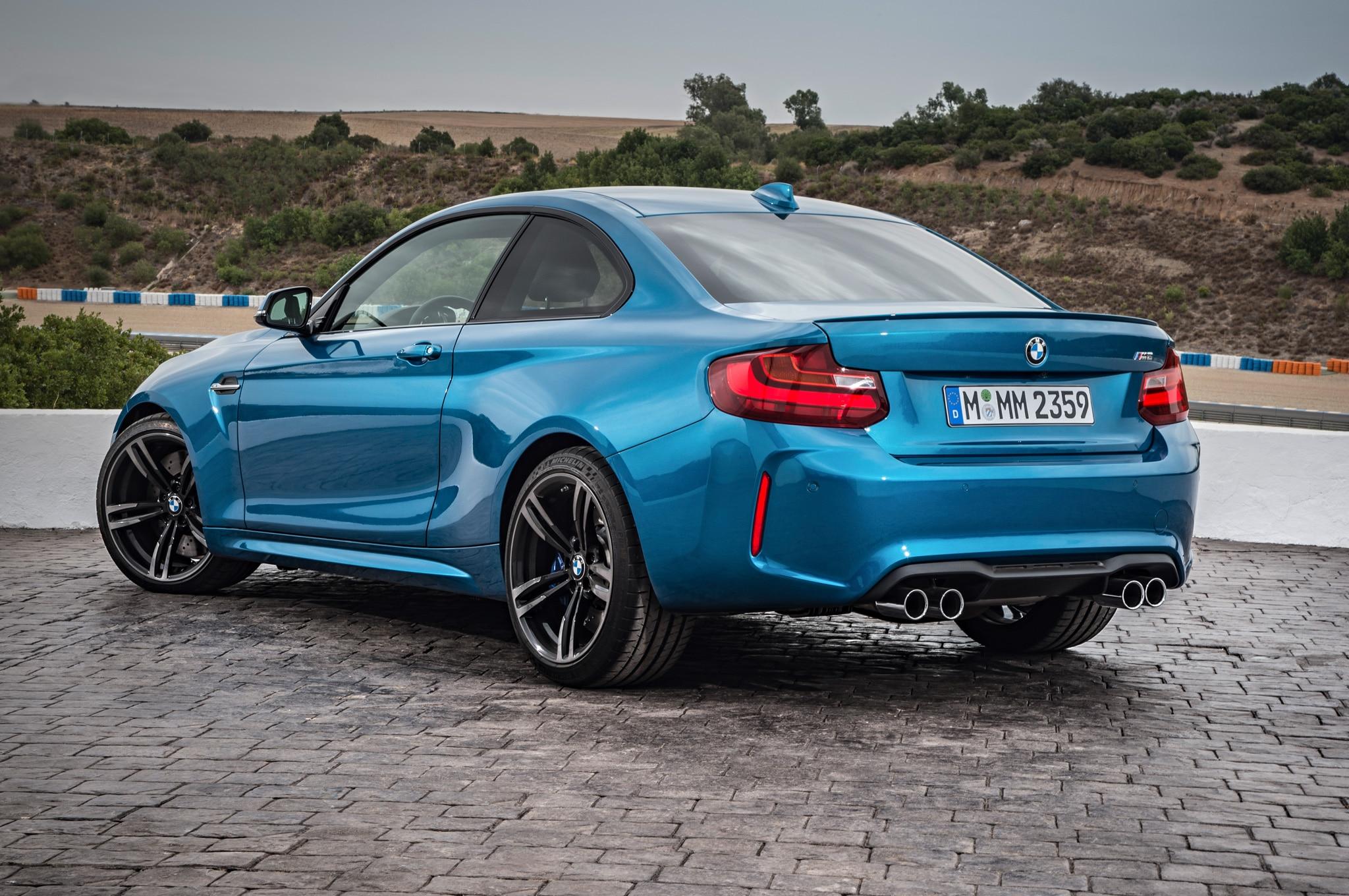 2016 BMW M2 Laps the Nurburgring in 758 Slower than Civic Type R