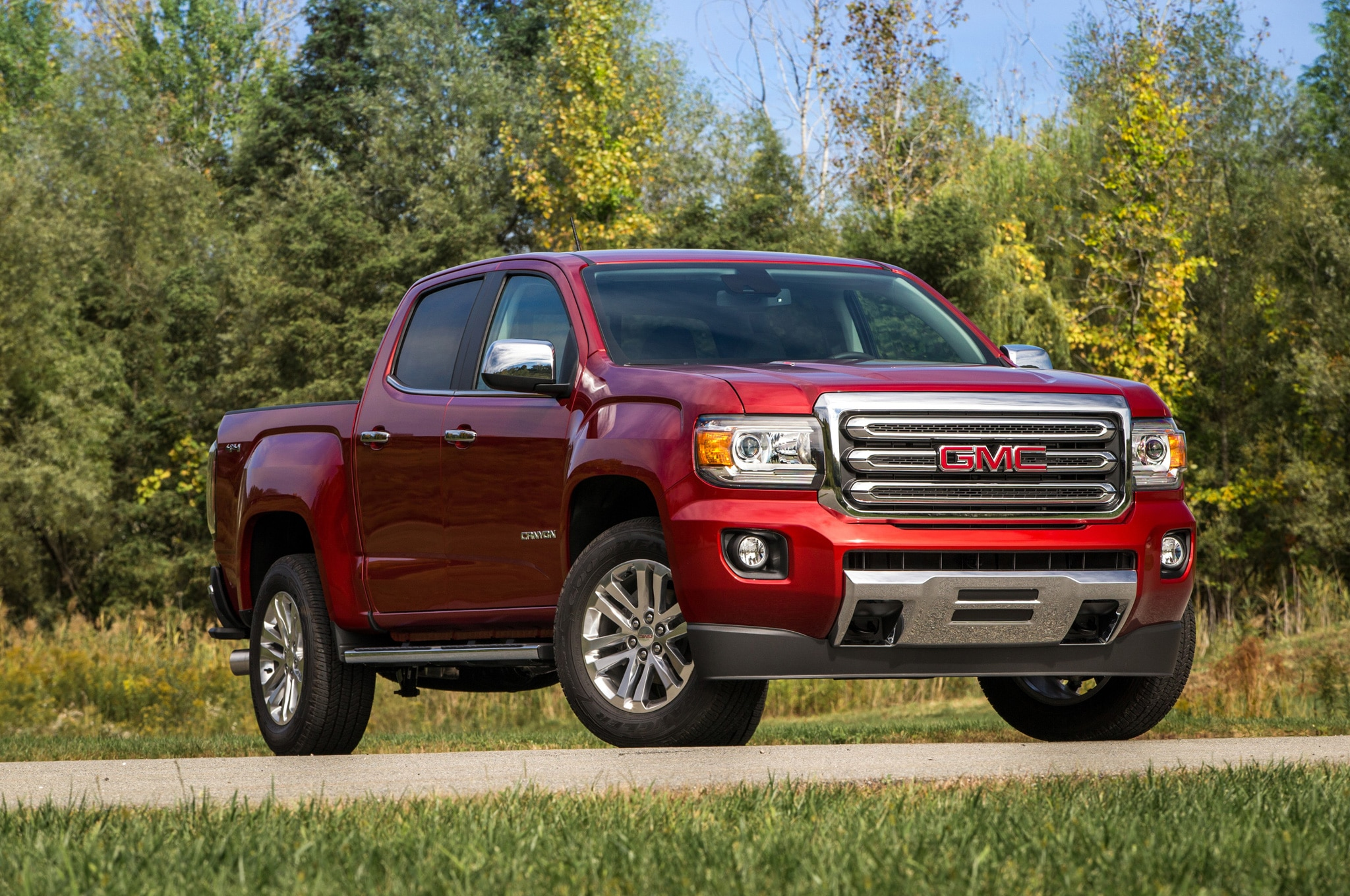 watch duramax canyon diesel gmc review youtube
