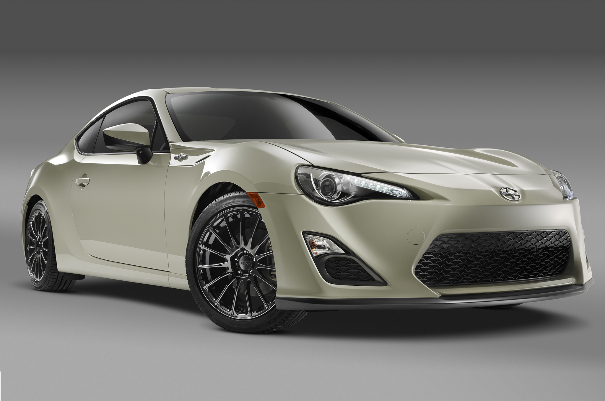 2016 scion fr s release series 2 0 adds luxury and exclusivity. Black Bedroom Furniture Sets. Home Design Ideas