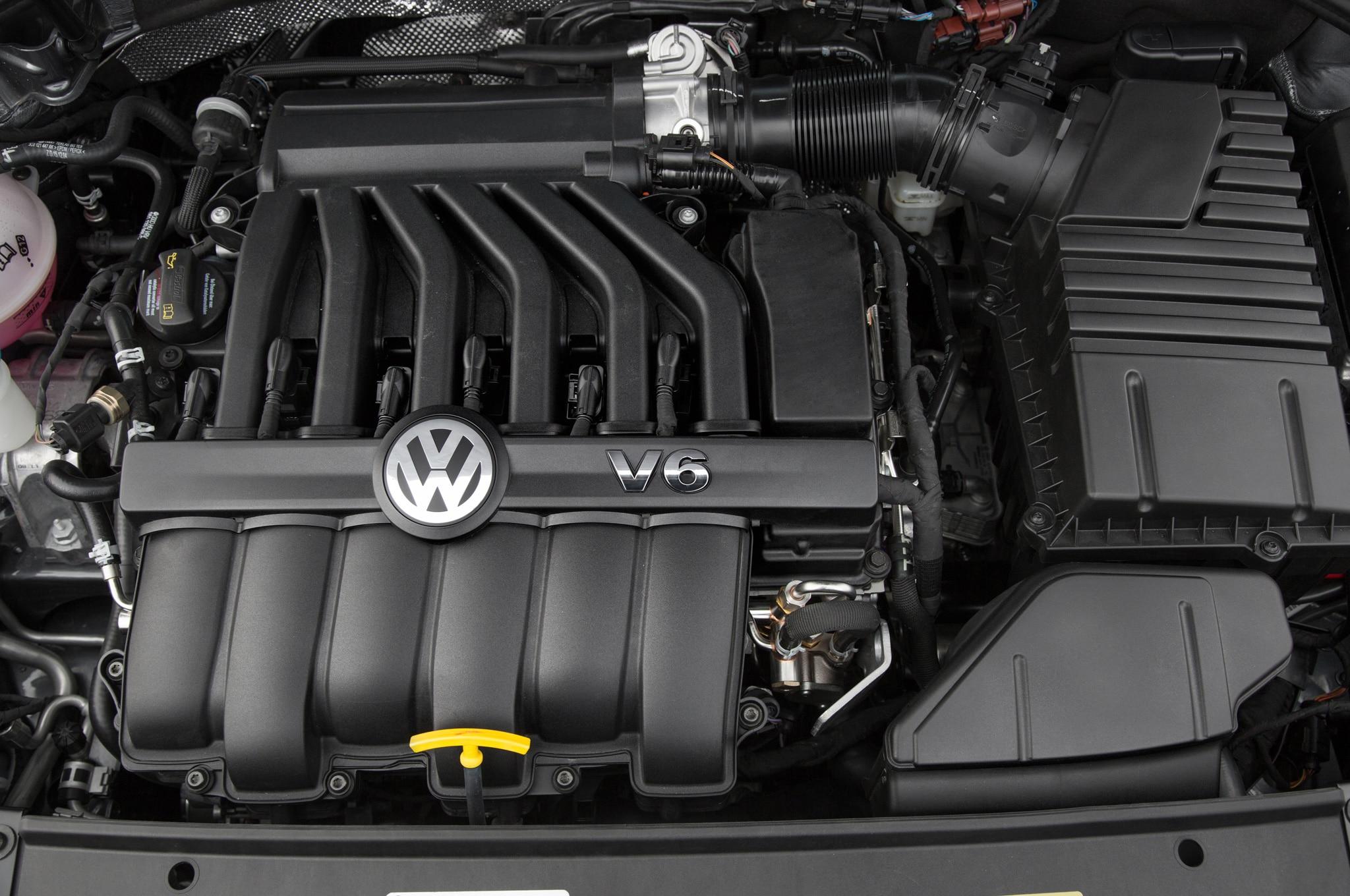 Hasil gambar untuk Volkswagen Passat engine 2017