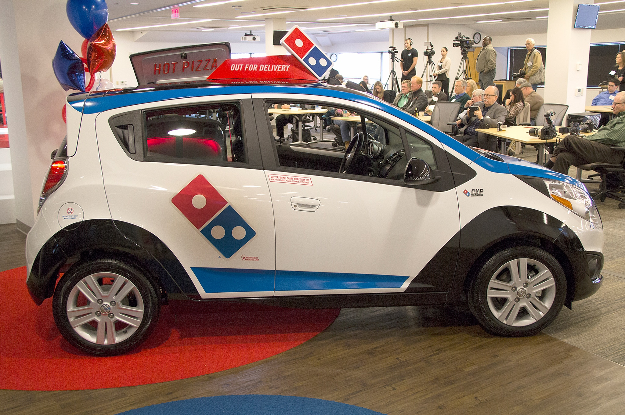 dominos pizza delivery and domino s Domino's coupons dominoscom  41  hot-and-fresh delivery right to your door domino's pizza even offers mobile  domino's pizza has long been one of america.