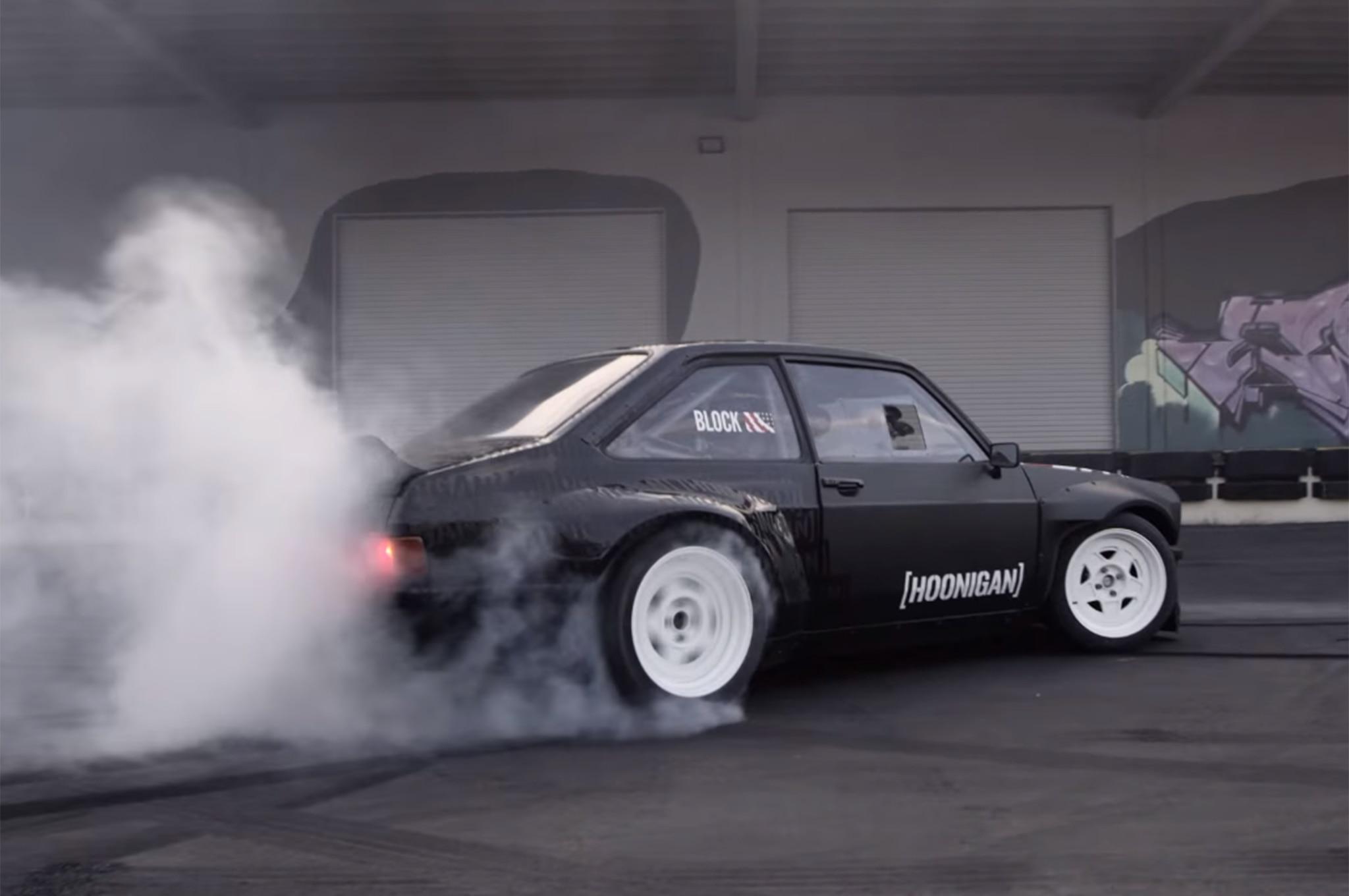 Tire noise in escort