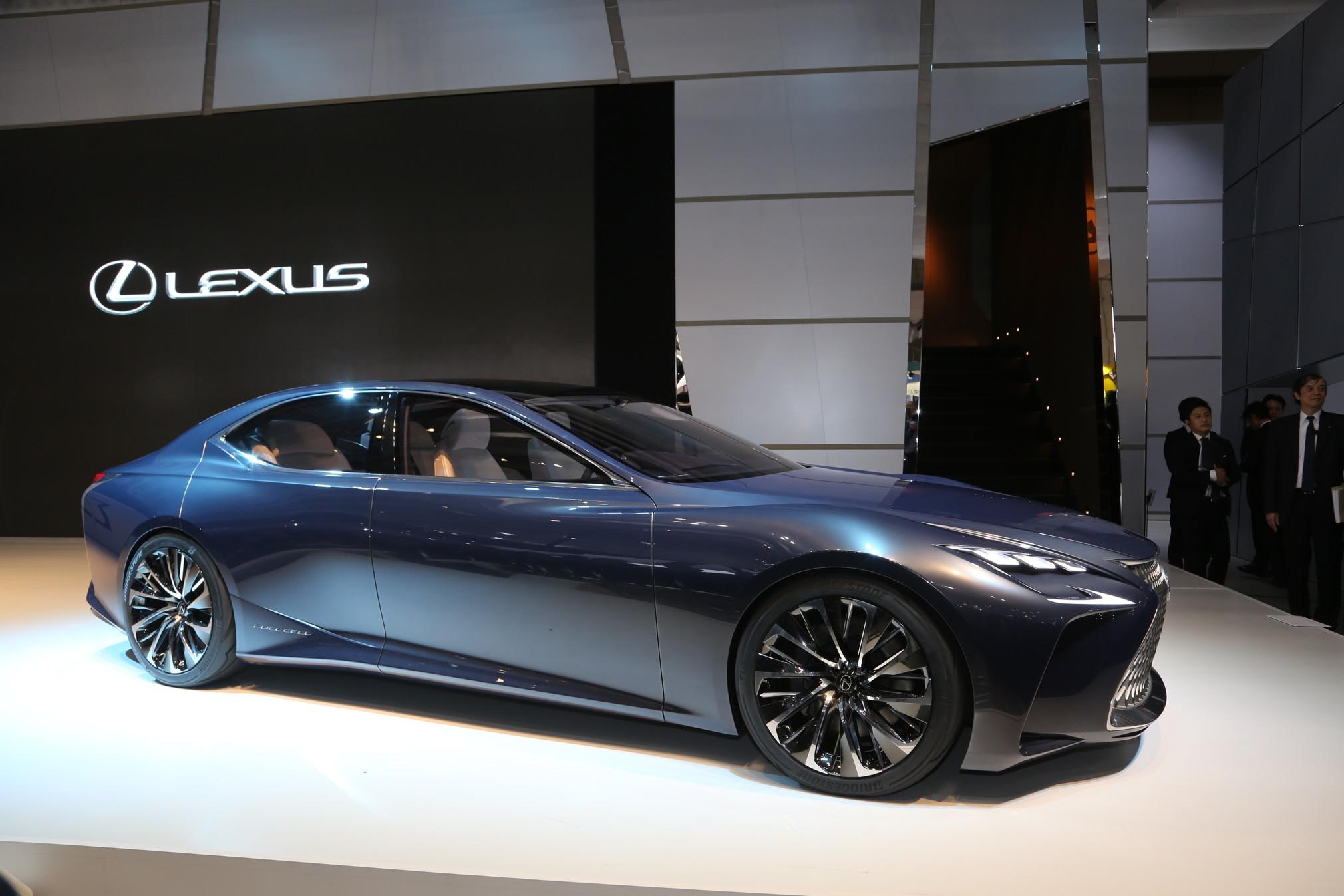 Lexus LF FC Concept Front Three Quarter 03