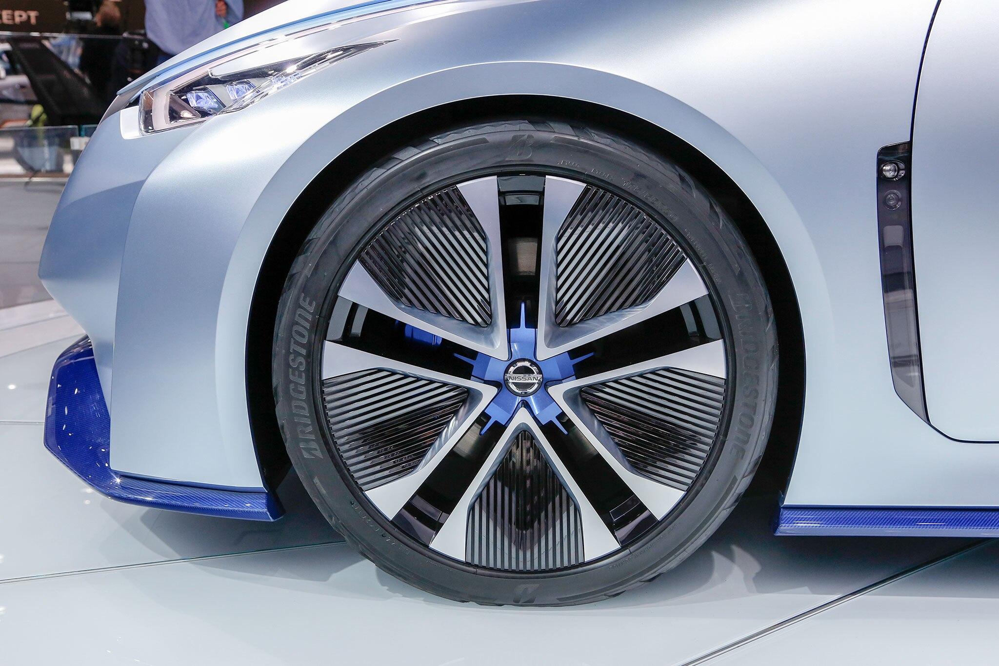 Nissan IDS Concept Previews Next-Gen Leaf, Future ...