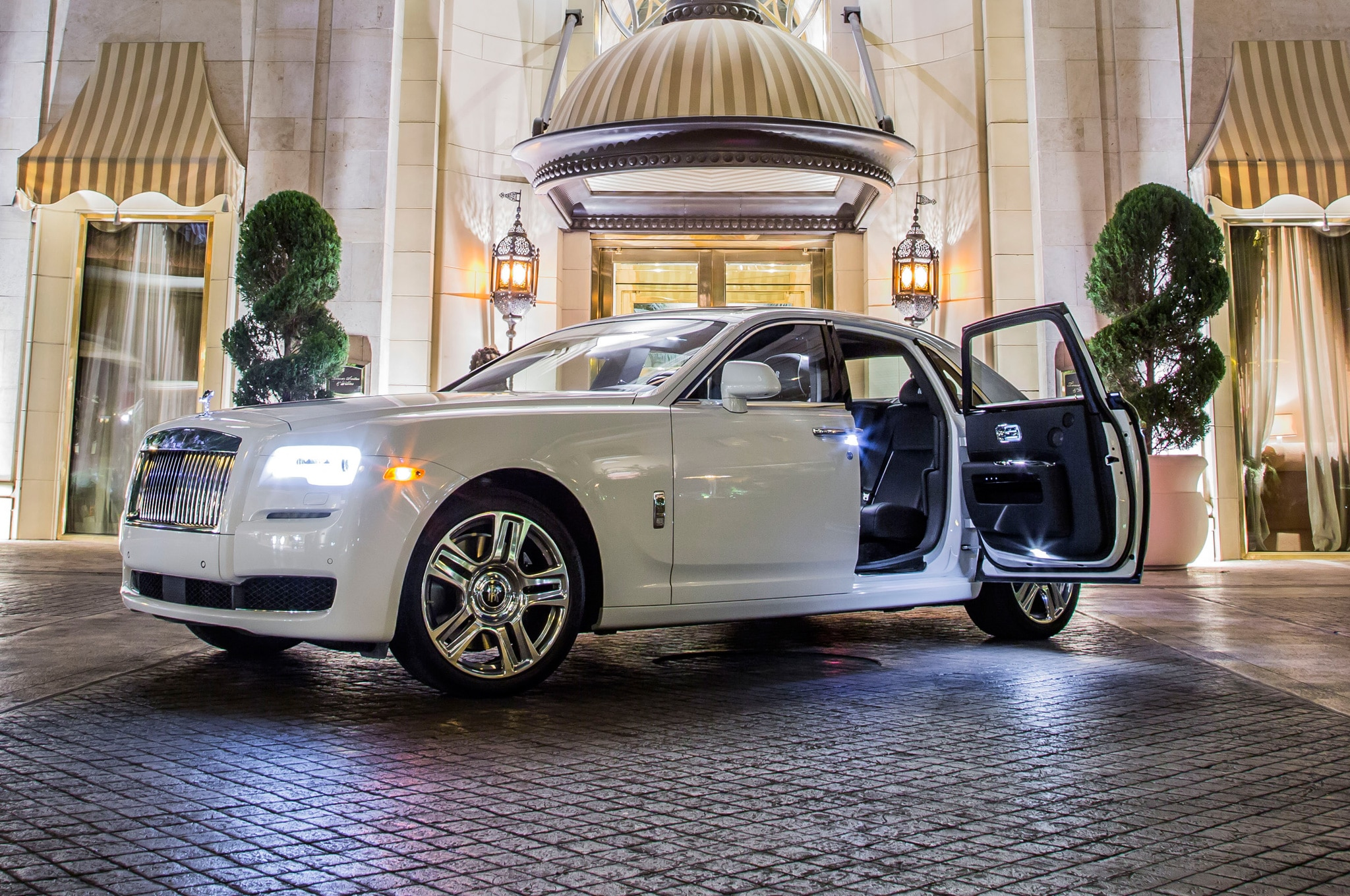 White-Glove Treatment: Learning To Be A Rolls-Royce Chauffeur
