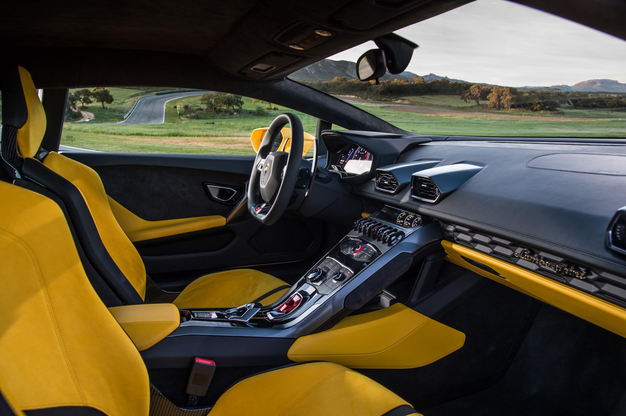 2015-Lamborghini-Huracan-LP-610-4-yellow-interior Amazing 2015 Lamborghini Huracan Price Per Month Cars Trend