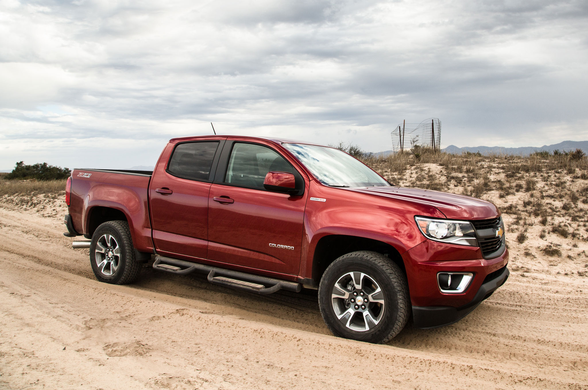 2016 chevrolet colorado diesel gets 31 mpg highway. Black Bedroom Furniture Sets. Home Design Ideas