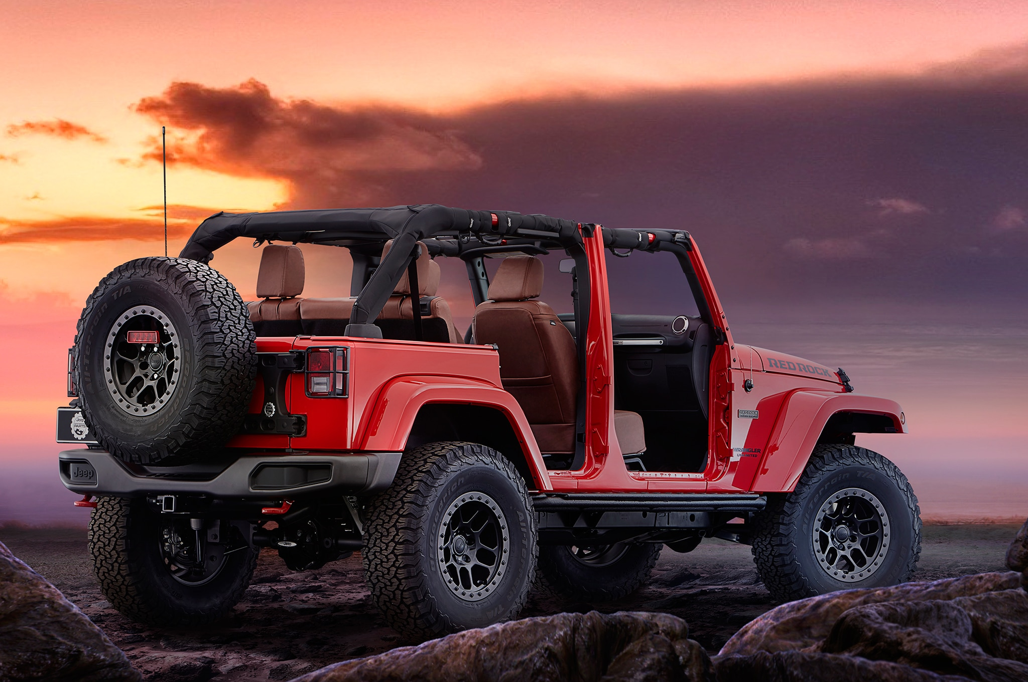 jeep wrangler red rock debuts at sema entering limited. Black Bedroom Furniture Sets. Home Design Ideas