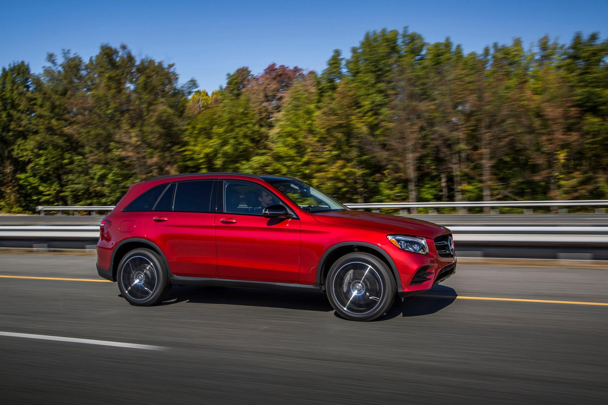 2016 mercedes benz glc300 review for Mercedes benz video